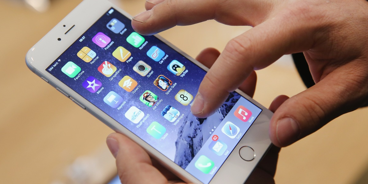 iPhone Battery Controversy: Apple Cuts Replacement Cost to