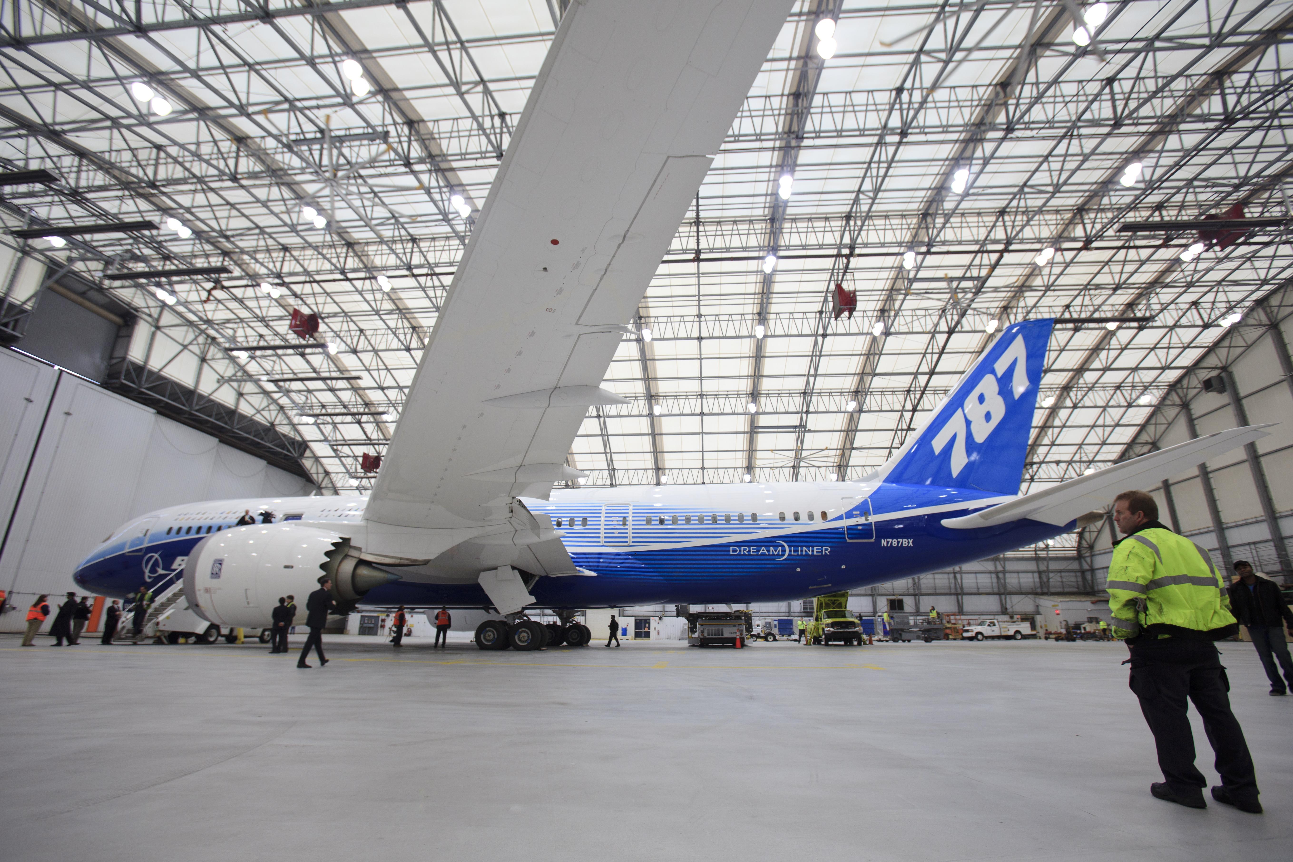 Boeing's New 787 Dreamliner's Boston Debut