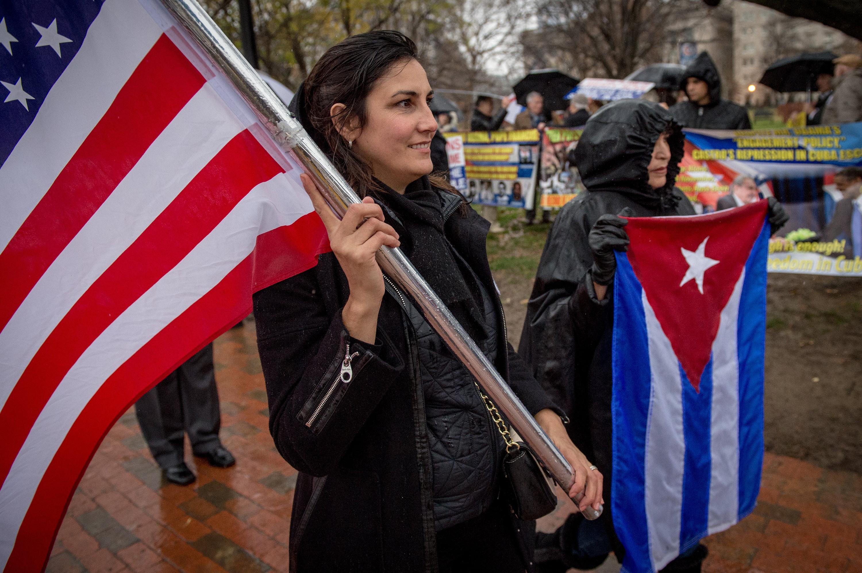 Miami Cuban exiles trek to Washington to protest Obama policy