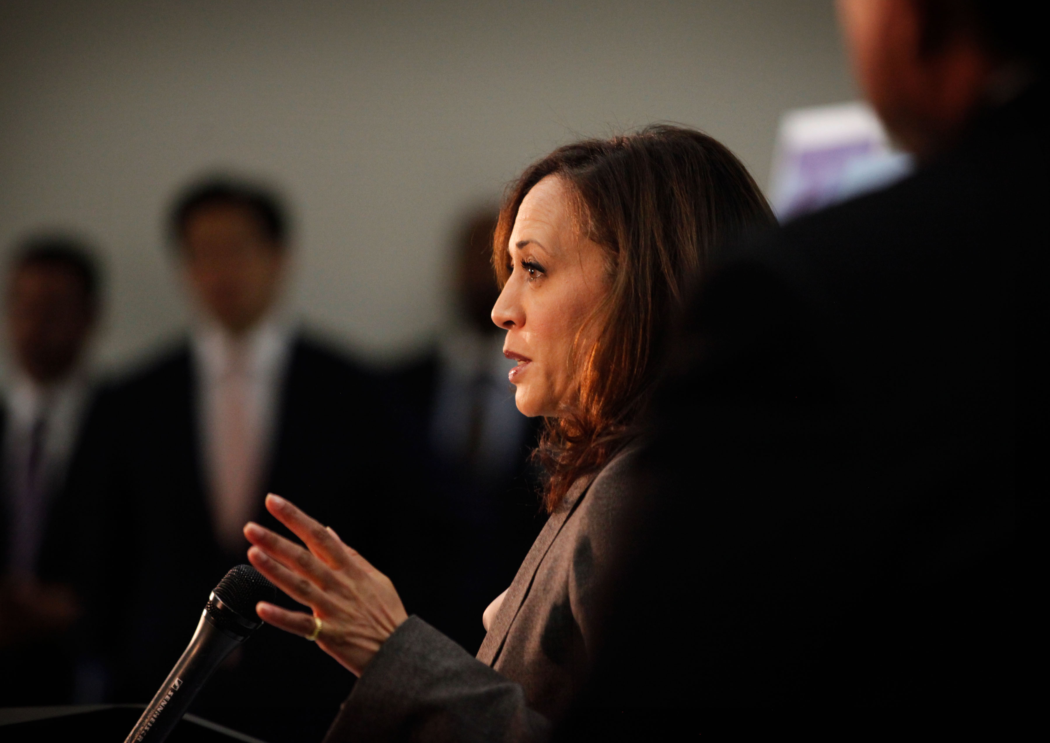 LOSANGELES, CA 0320- Attorney General Kamala D. Harris,  joined by law enforcement officials includi