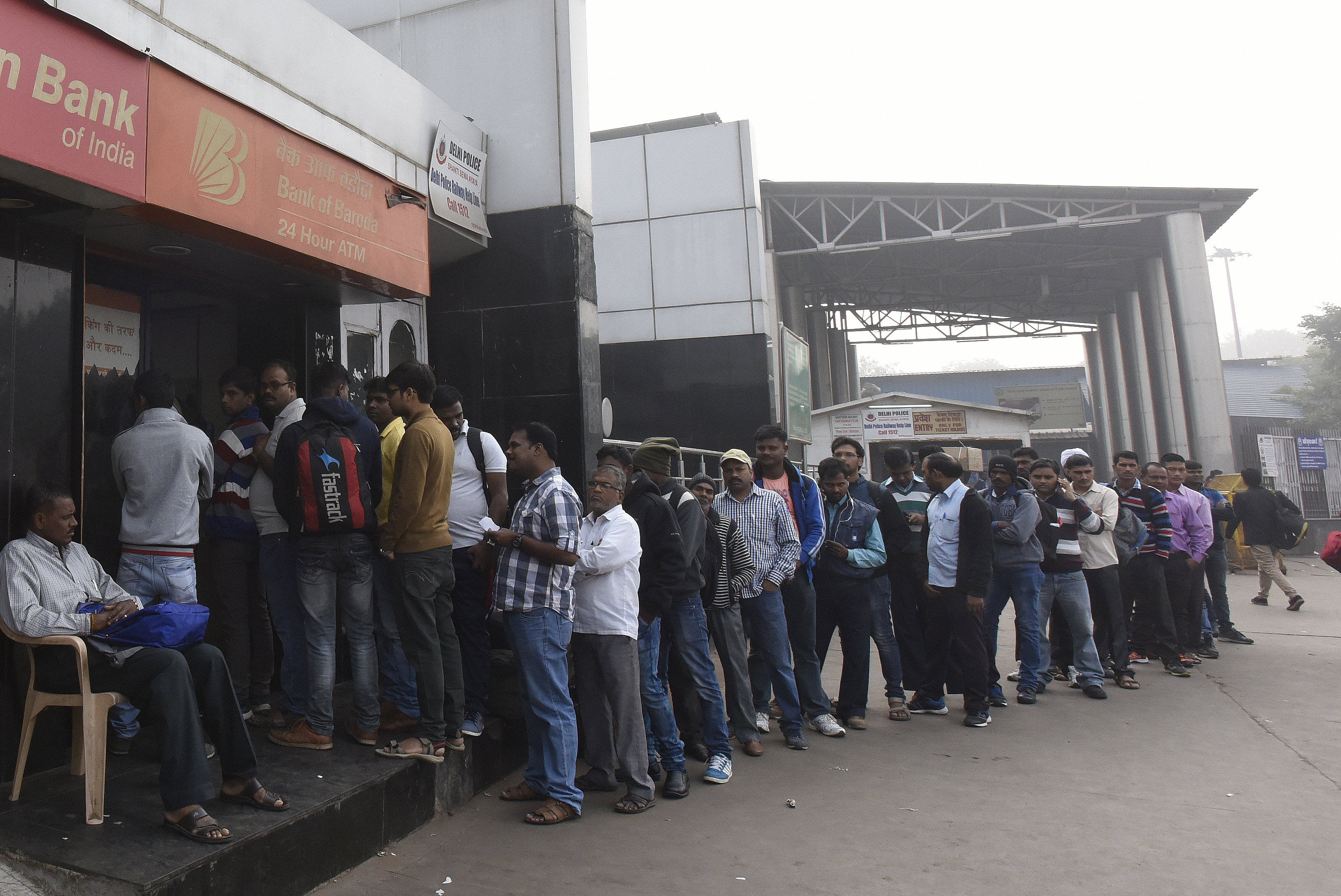 Demonetization: Long Queues To Withdraw Cash From ATMs And Banks