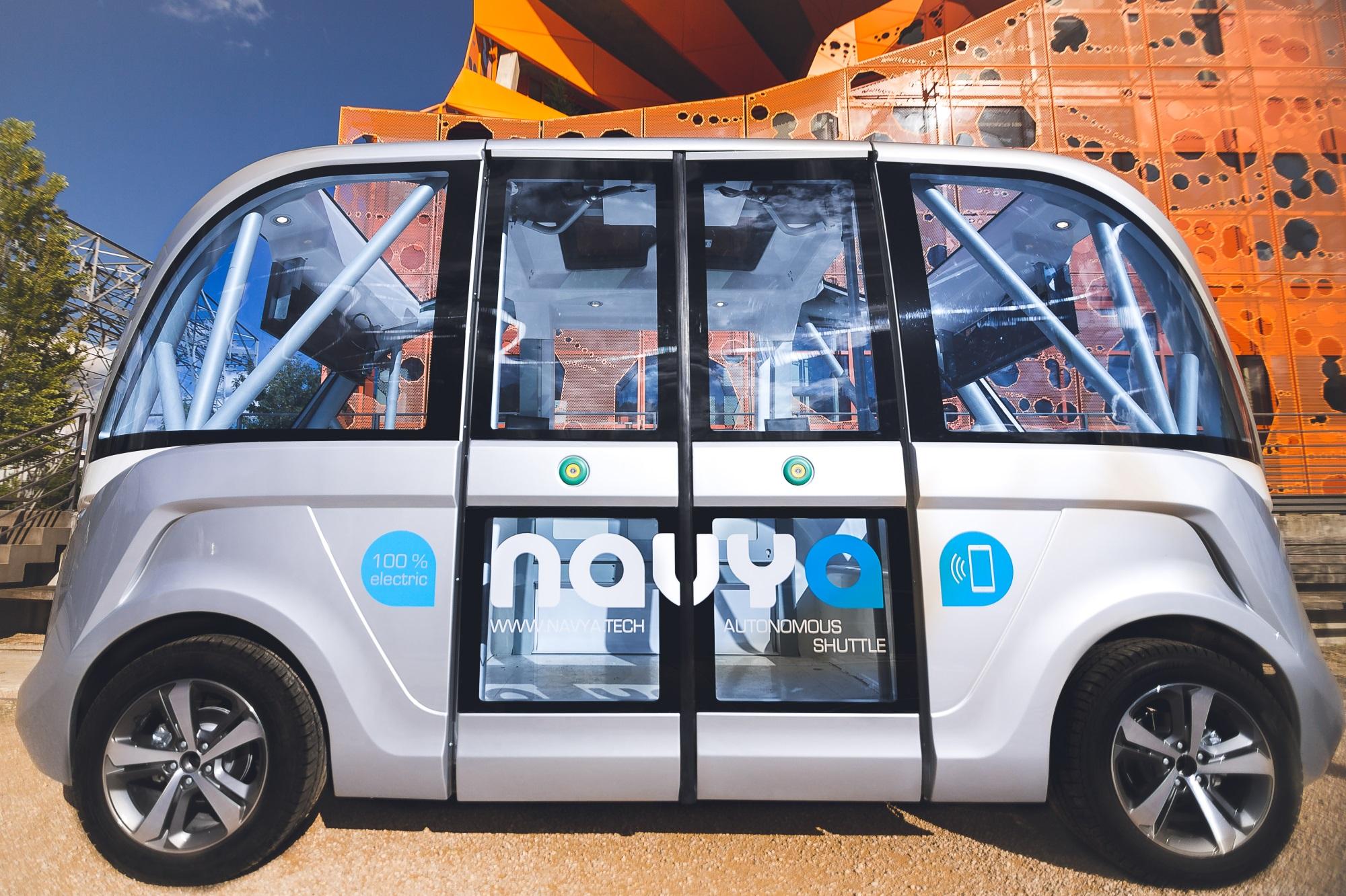 The Arma driverless bus.