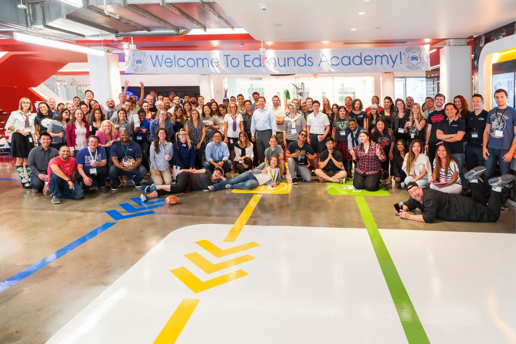 Best Workplaces in Tech 2017- Edmunds