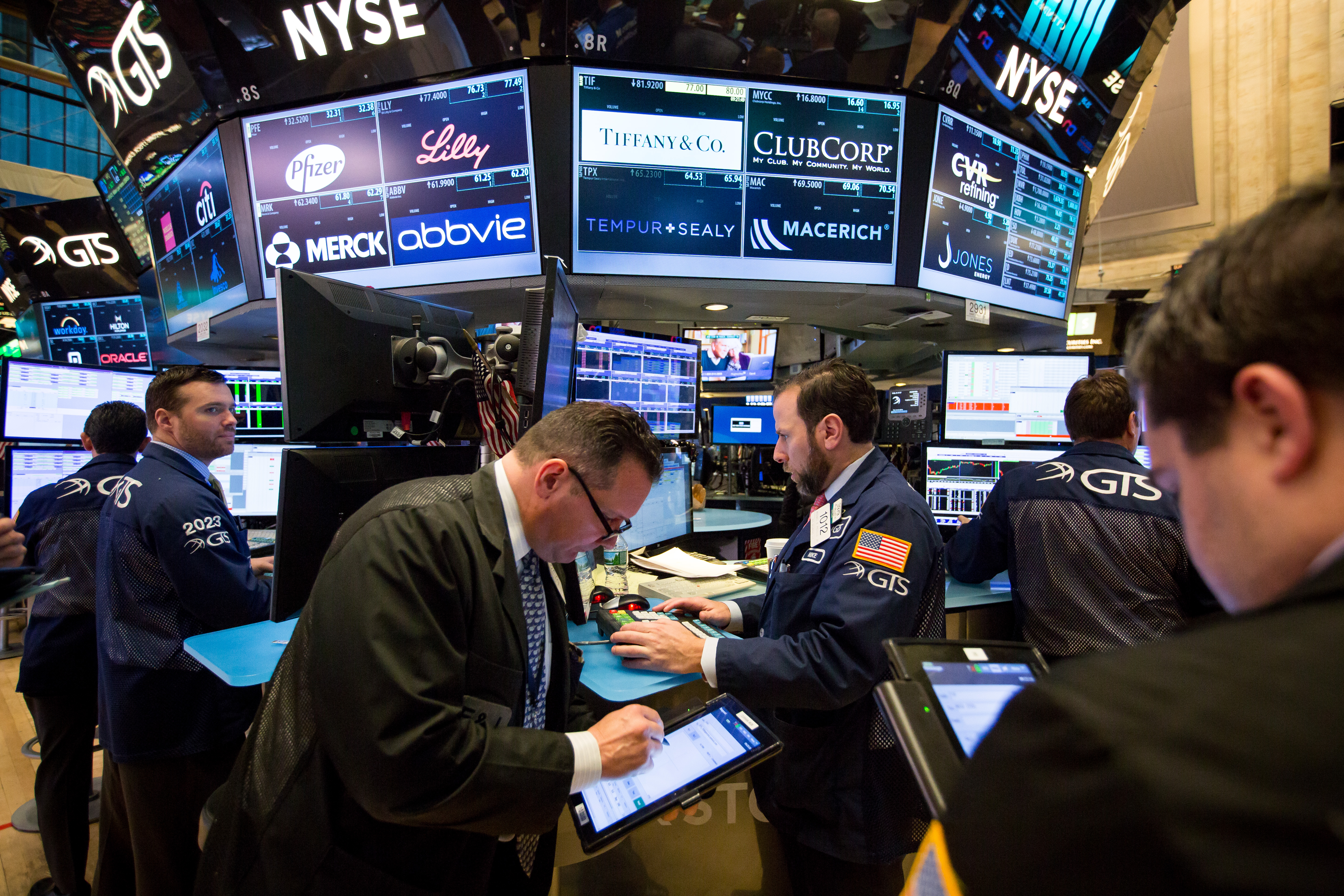 Trading On The Floor Of The NYSE As U.S. Stocks Decline With Banks, Health Shares Lower