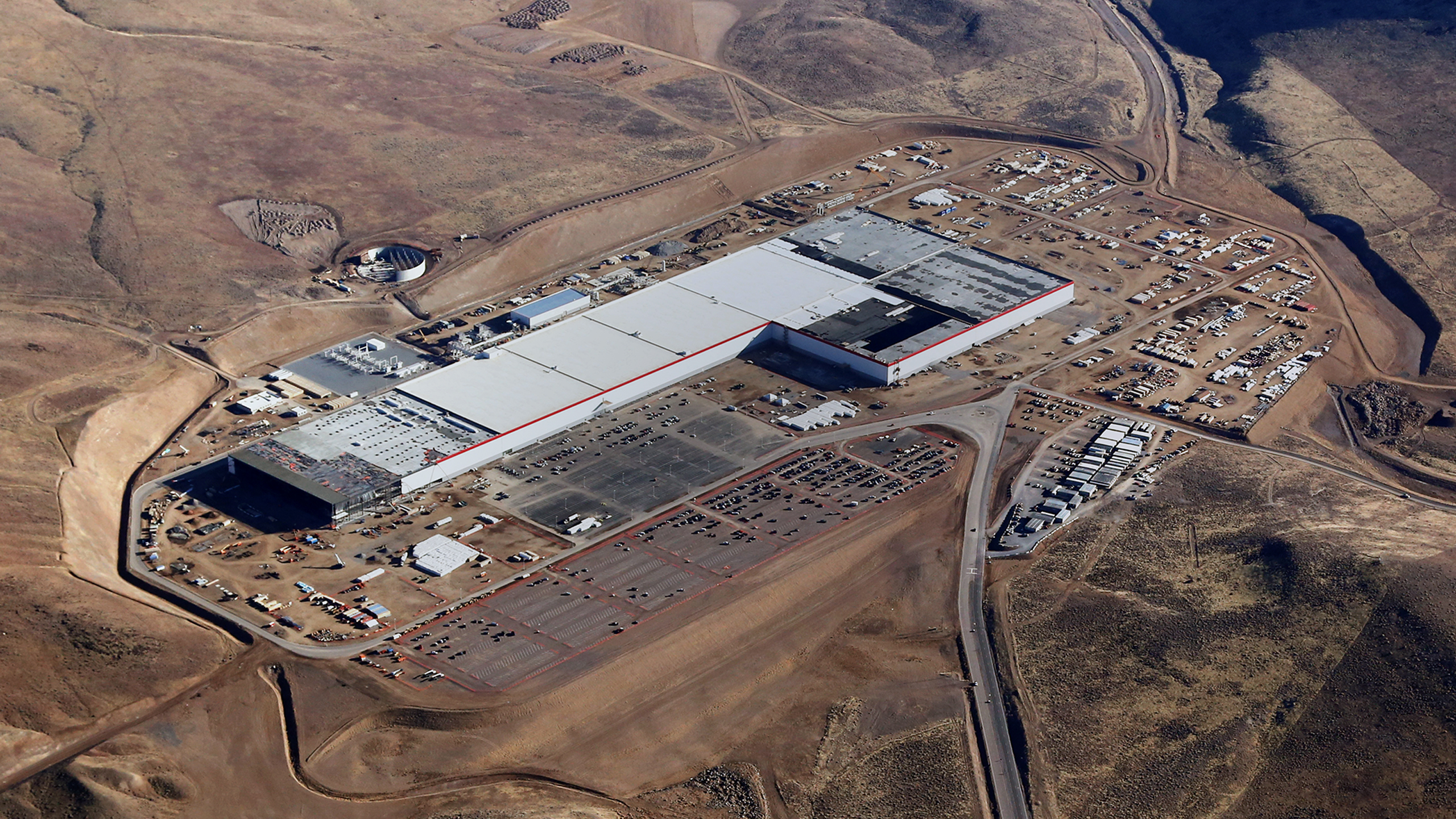 An aerial view of Tesla's gigafactory from January 2017.