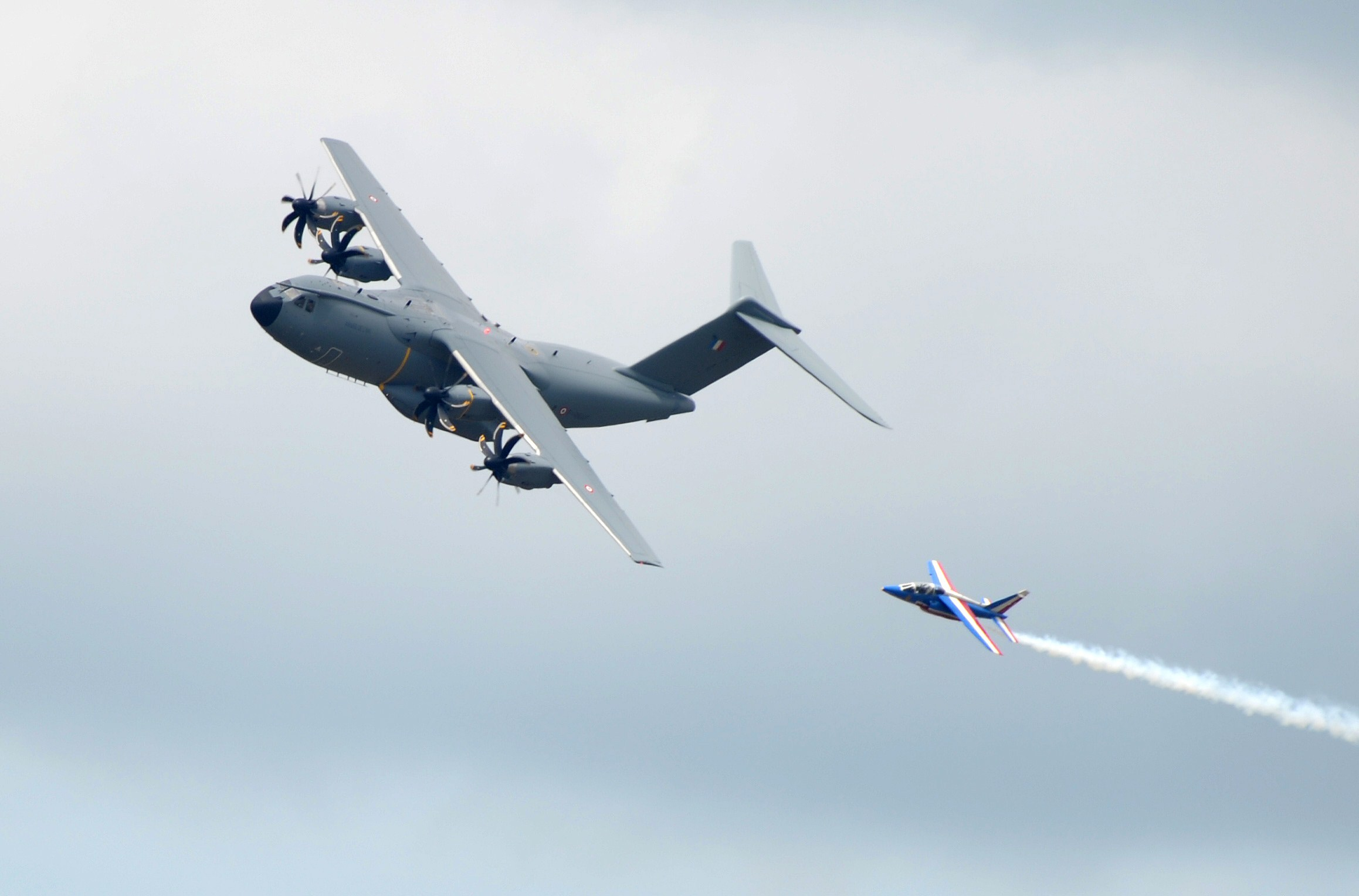 FRANCE-TRANSPORT-AVIATION-AIRSHOW-A400M