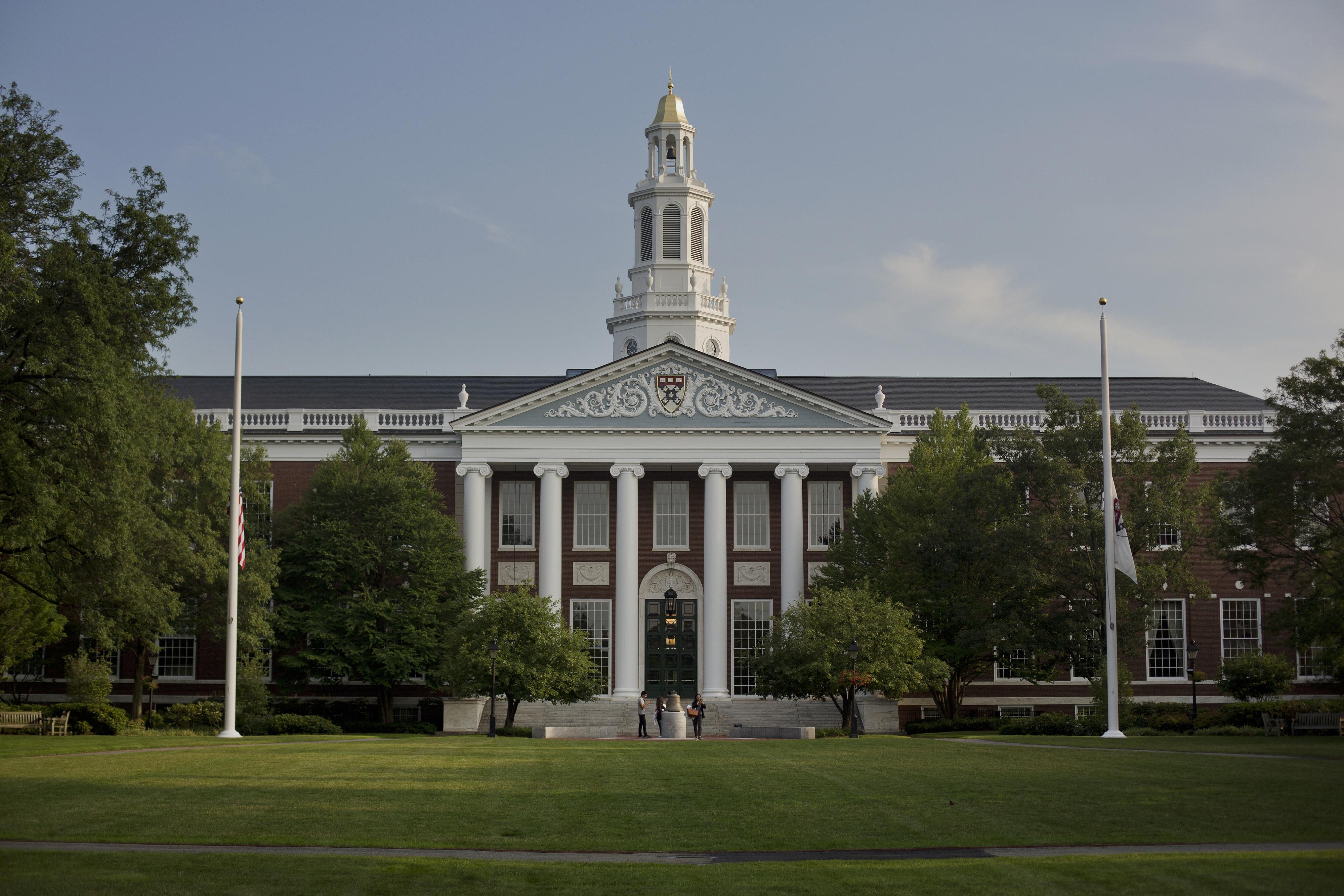 Views Of Harvard University And The Massachusetts Institute Of Technology