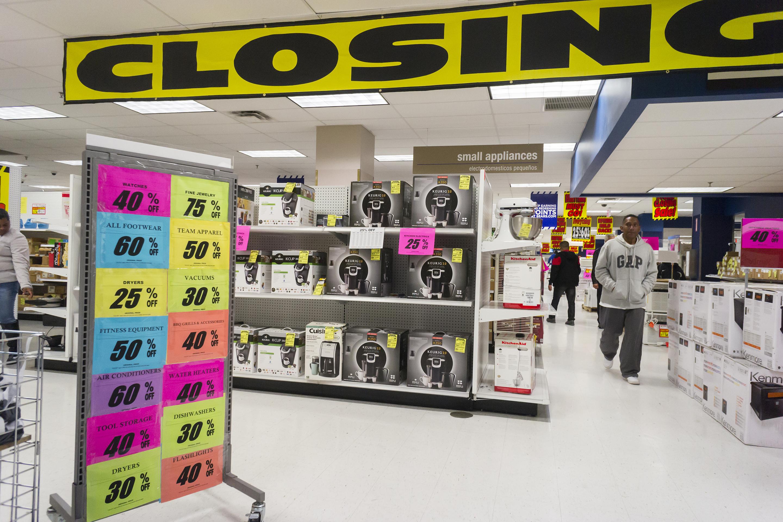 Sears third-quarter revenue falls