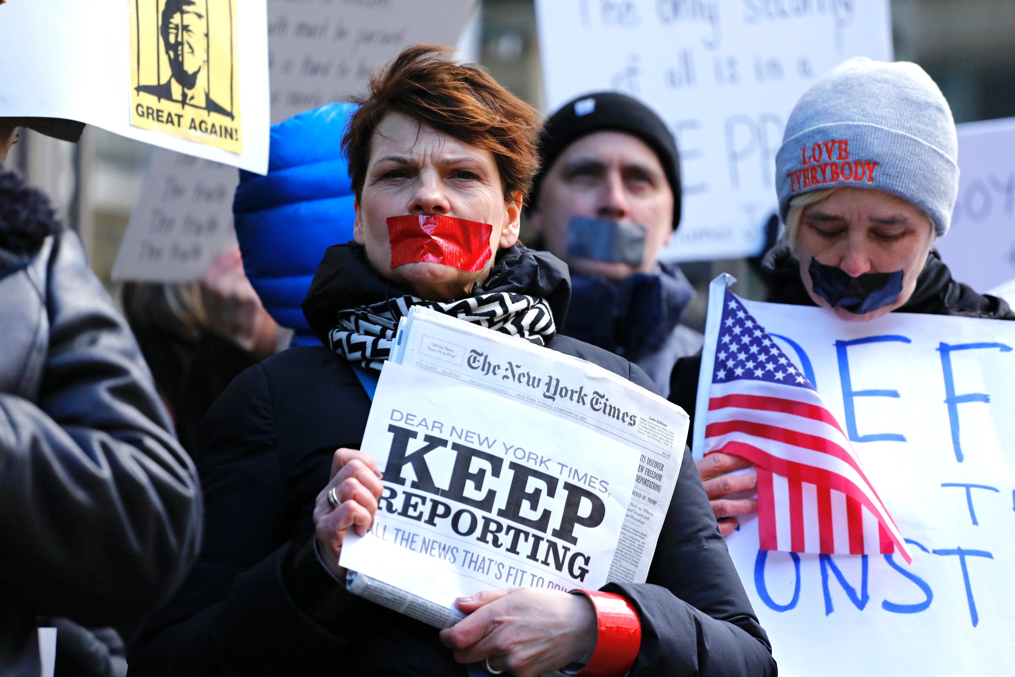 US-POLITICS-MEDIA-TRUMP