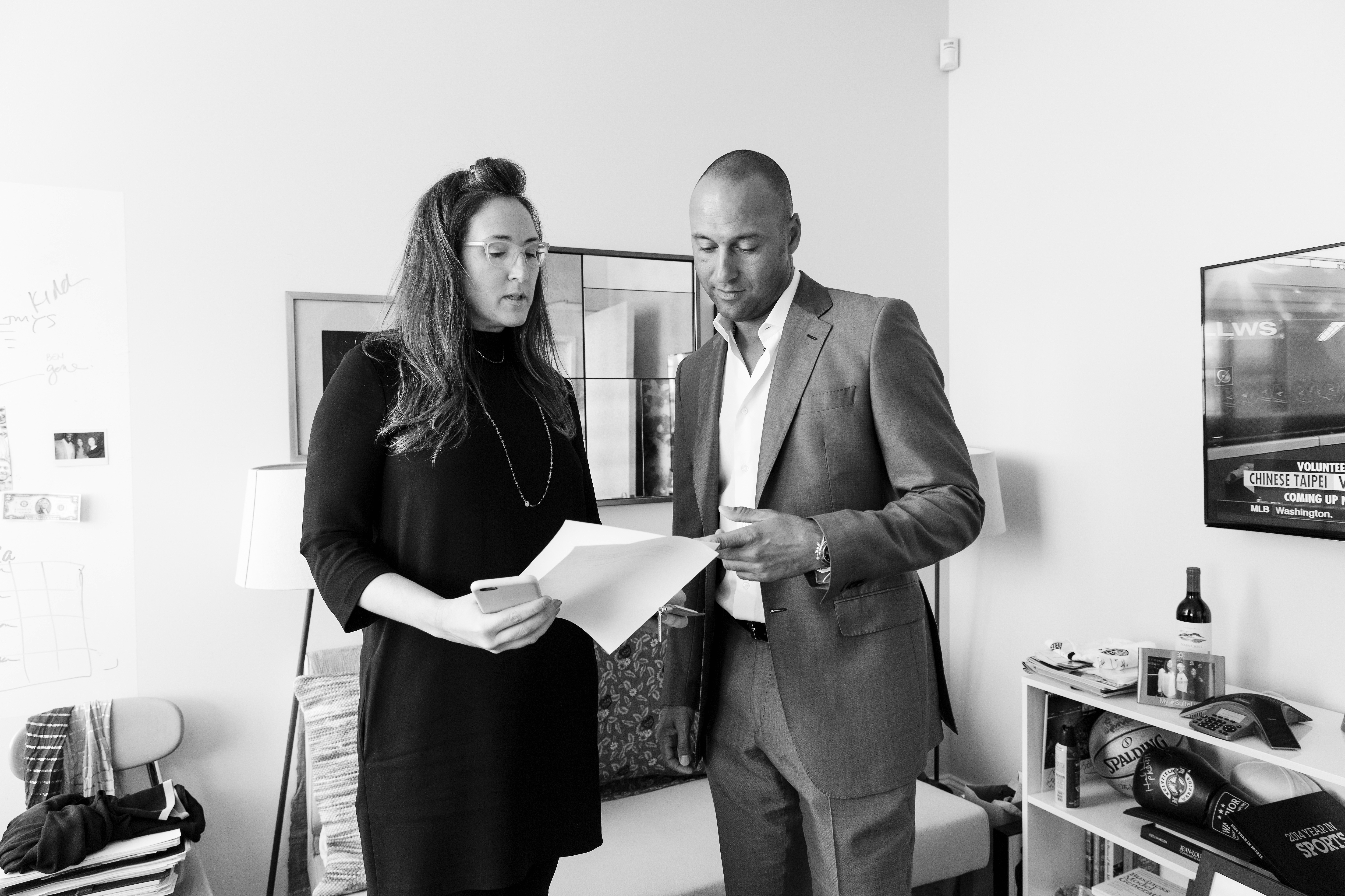Derek Jeter meets with Jaymee Messler at the Players' Tribune office on August 24, 2015 in New York City, New York. (Photo by Steven Freeman/The Players' Tribune)