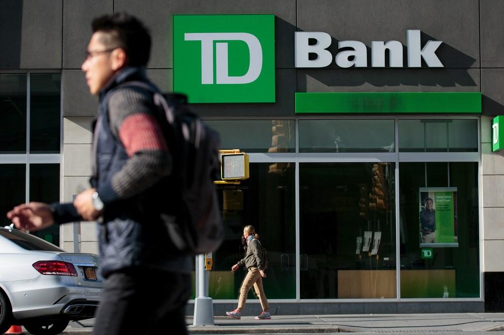 TD Ameritrade Buys Scottrade Bank In 4 Billion Dollar Deal