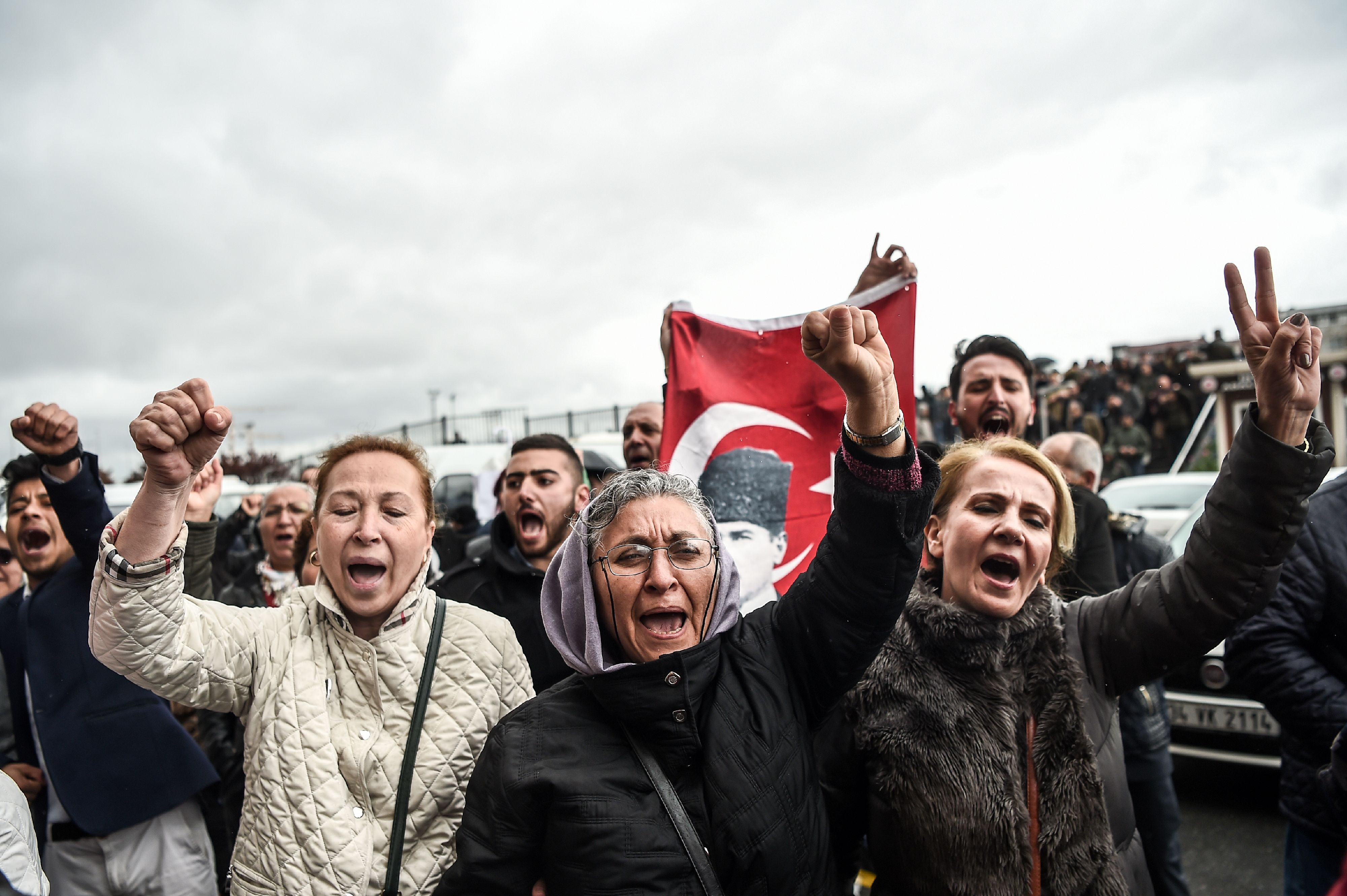 TURKEY-POLITICS-REFERENDUM-VOTE-RALLY