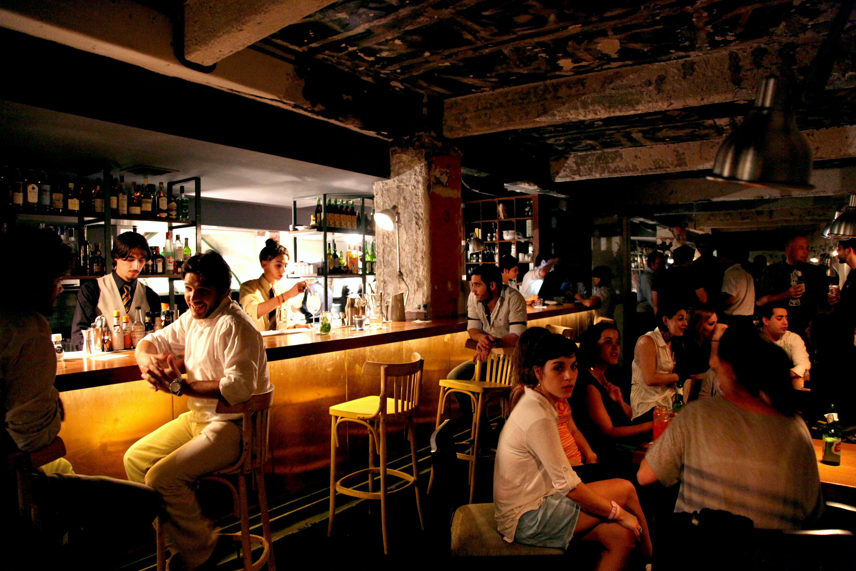 Buenos Aires Dining Has Cabbies Secrets, Closed Door Tables