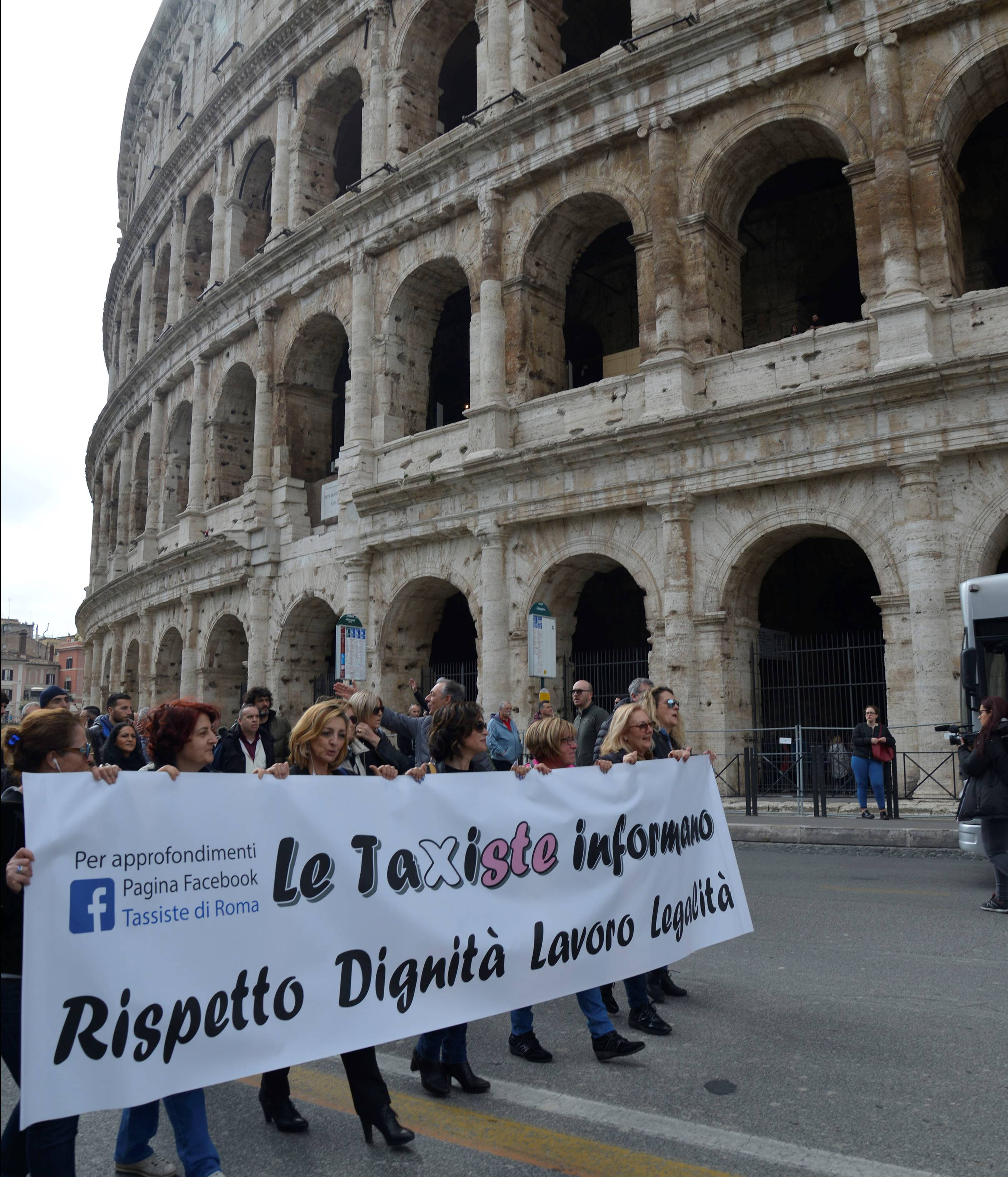 Taxi Drivers stage protest in Rome