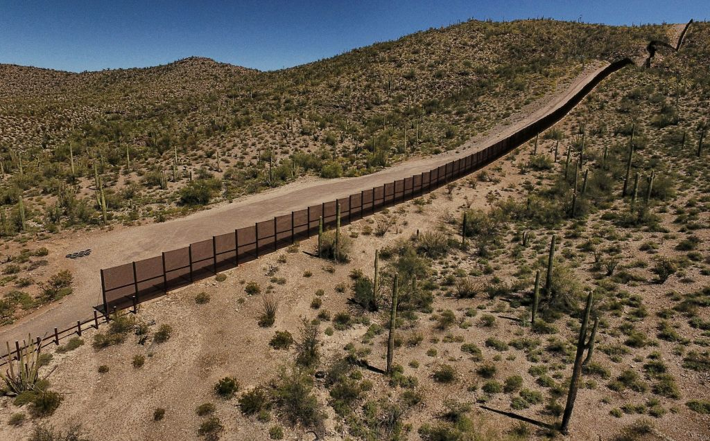 MEXICO-US-BORDER-WALL-WILDLIFE