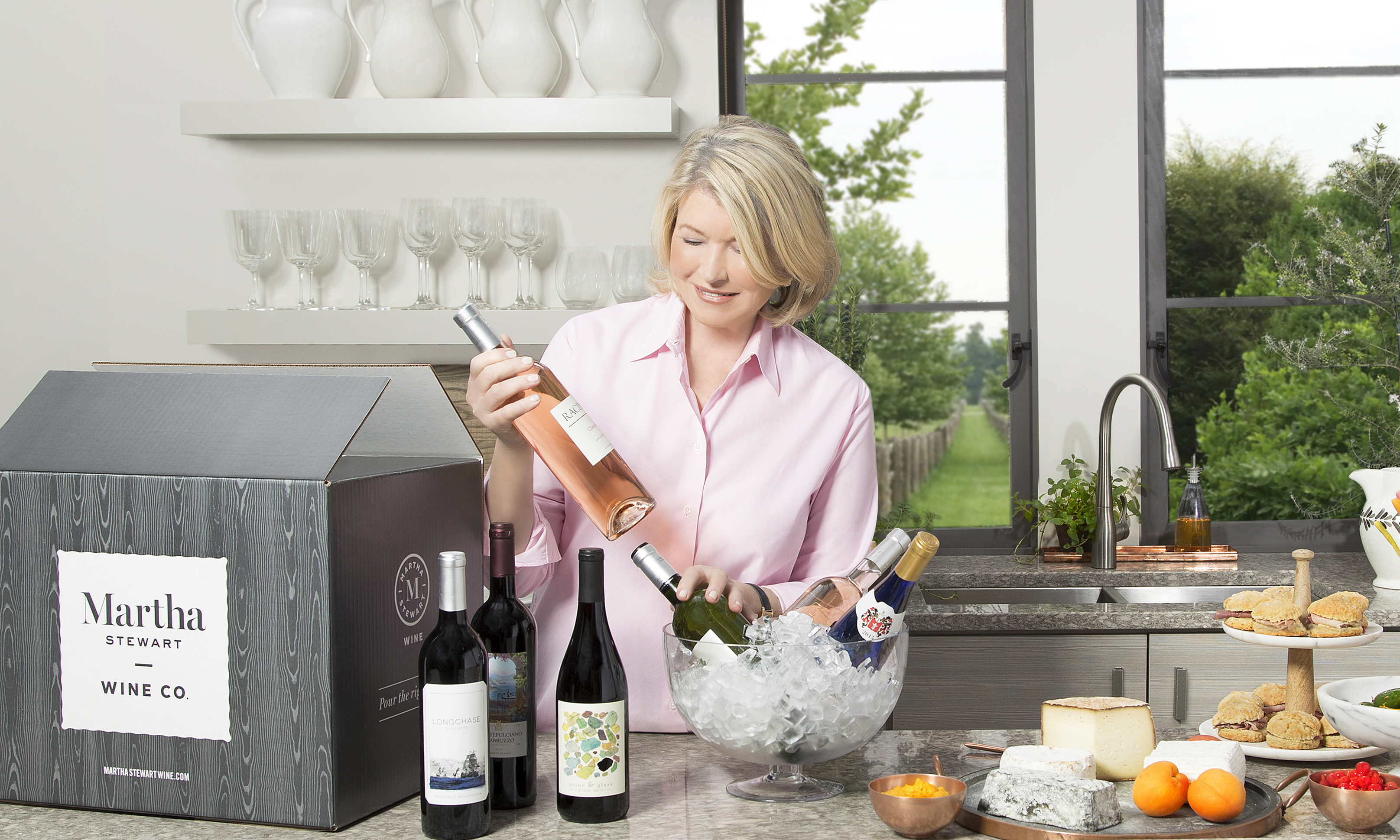 Lifestyle guru Martha Stewart is launching an online wine and a monthly wine club on MarthaStewartWine.com.