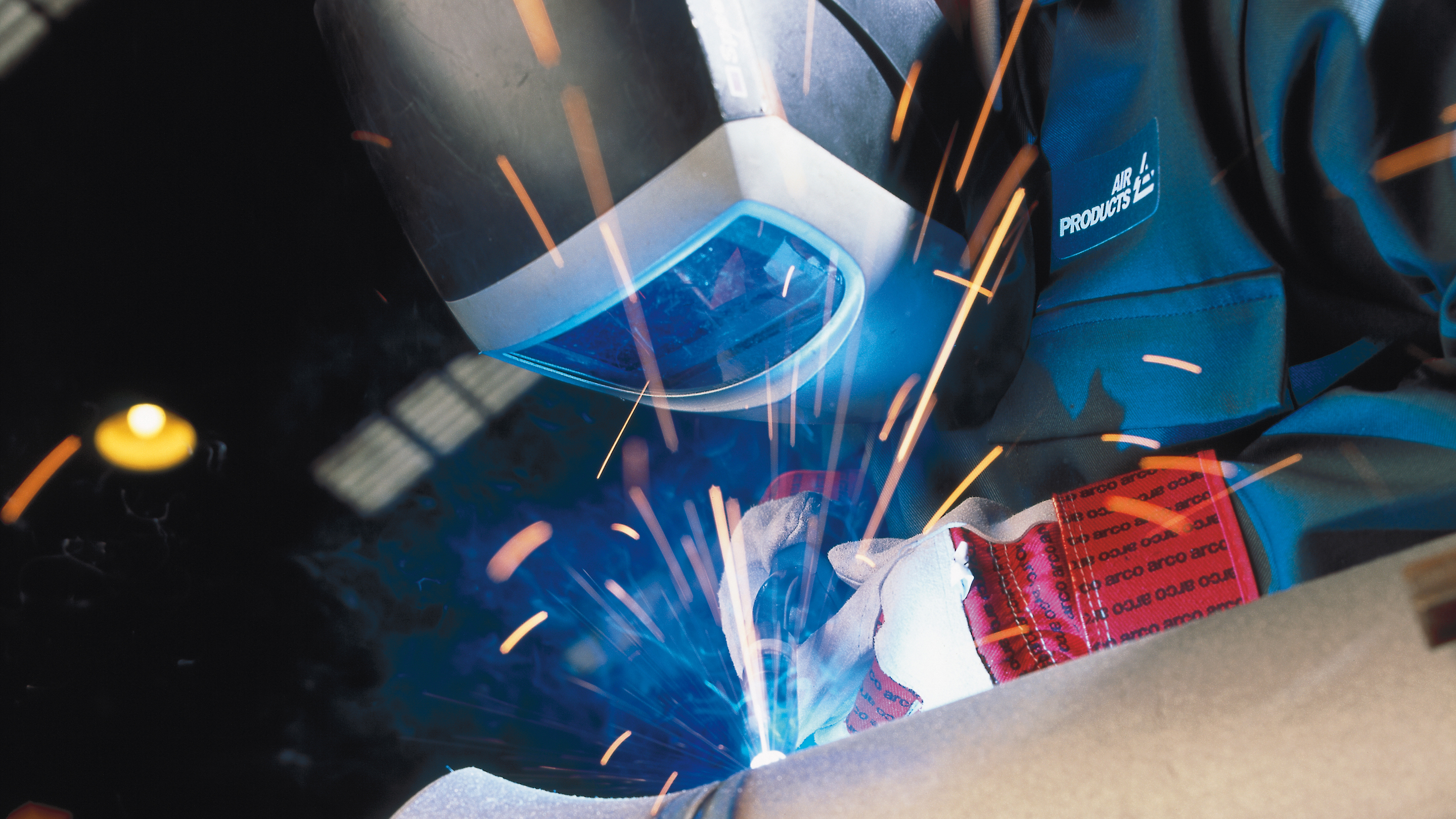 Air Products offers a full range of high-performance gases that provide improved welding safety, quality and productivity.