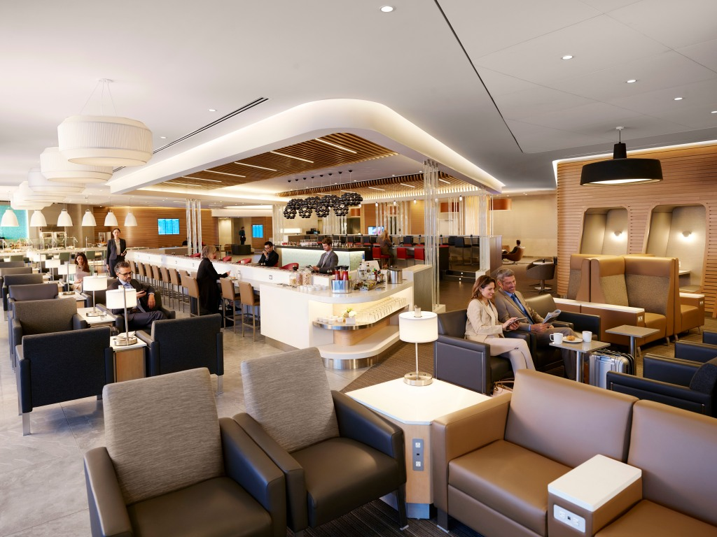 the newest american airlines flagship lounge at jfk airport