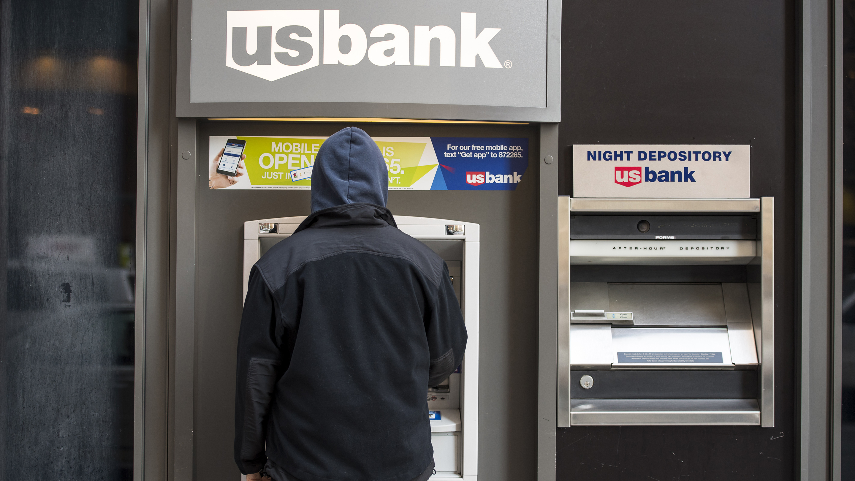 A US Bancorp Branch Ahead Of Earnings Figures