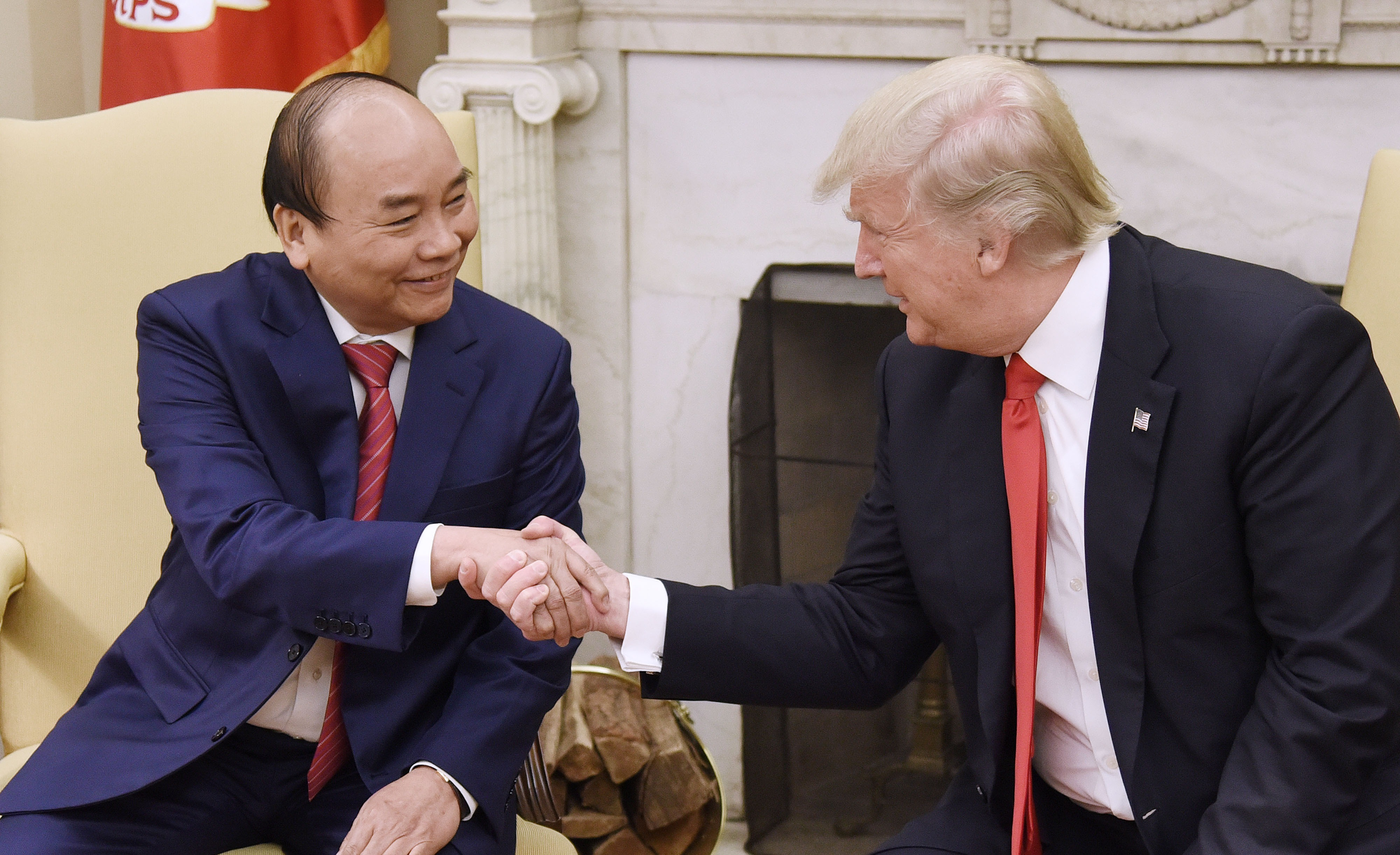Donald Trump Hosts Vietnamese Prime Minister Nguyen Xuan Phuc At White House