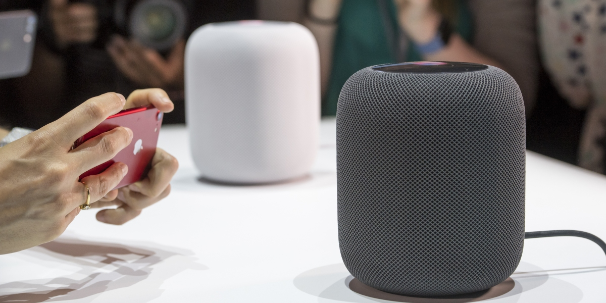 Here's What an Amazon Exec Says About Apple's HomePod