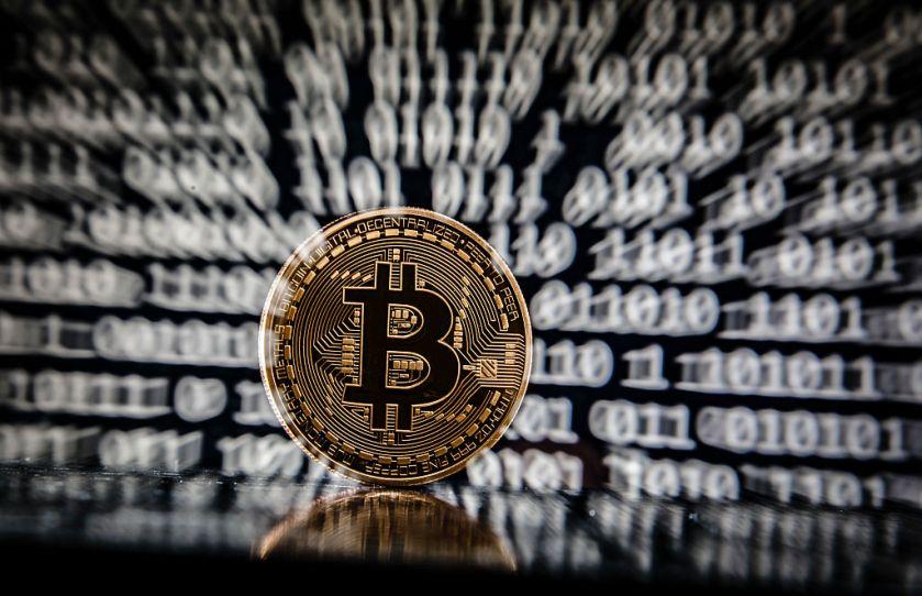 Lelkipásztor áll a bíróság elé a Coin.mx bitcoin tőzsde ügyében