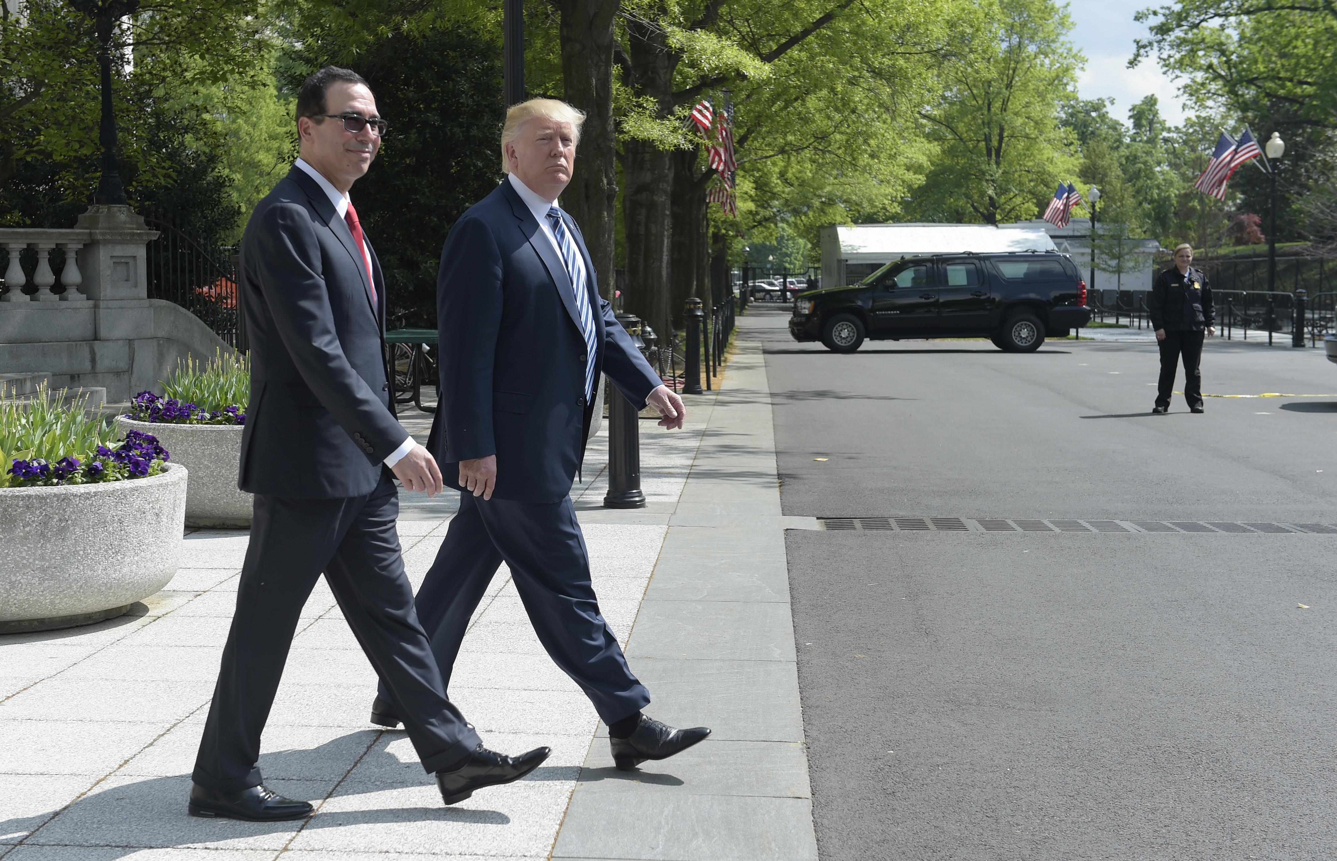 Donald Trump, Steven Mnuchin