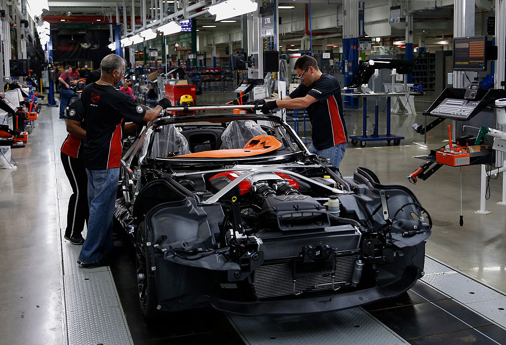 A 2015 Dodge Viper on the line at FCA US Conner Avenue Assembly plant in Detroit, Michigan, U.S., on Friday, May 8, 2015  Photographer: Jeff Kowalsky/Bloomberg *** Local Caption ***