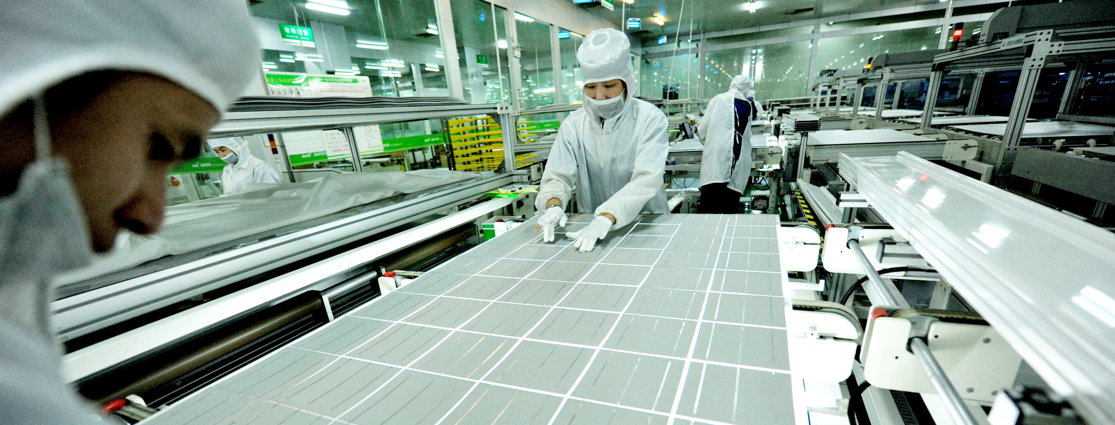 China's solar manufacturing output tops $31 billion in H1