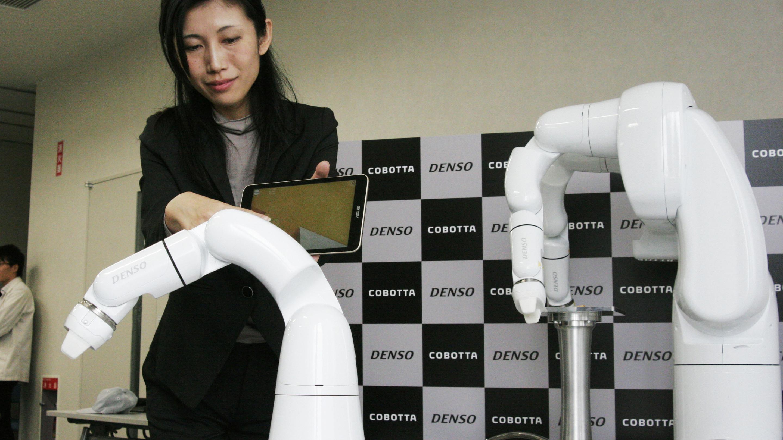Denso subsidiary develops compact robot arm