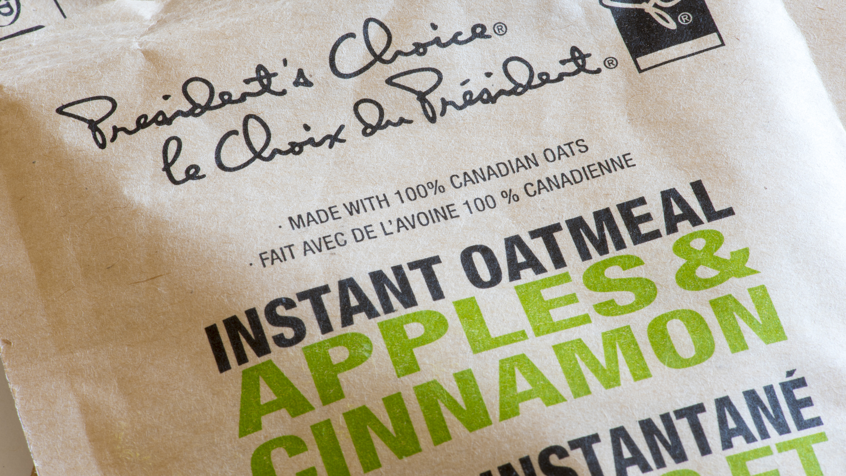 President's Choice instant oatmeal. Flavored apples &