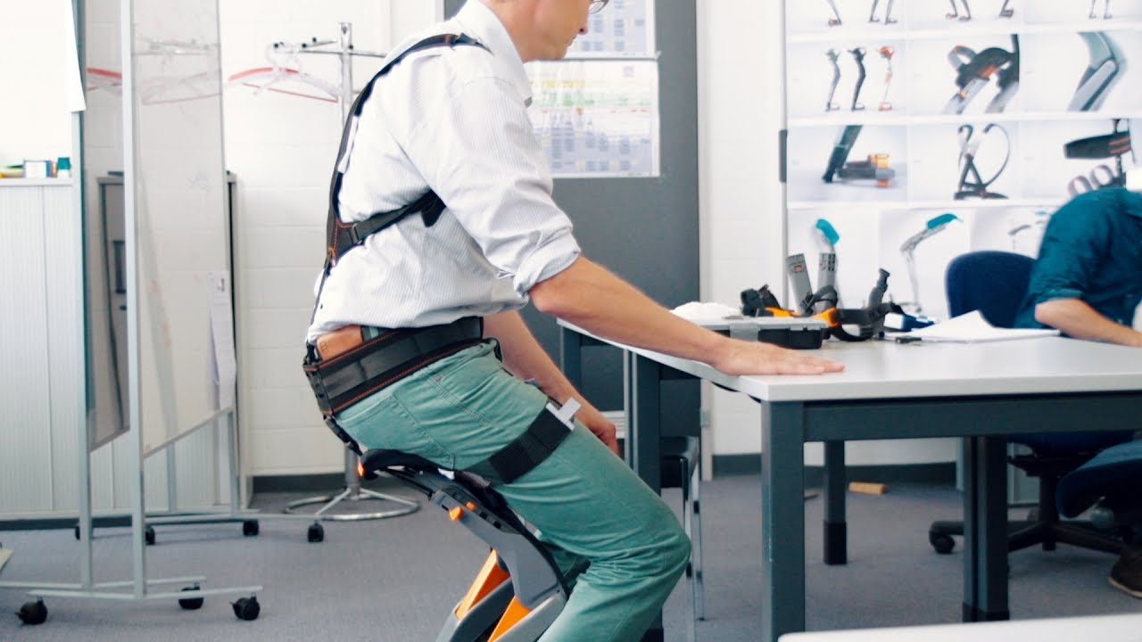 Noonee's Chairless Chair exoskeleton