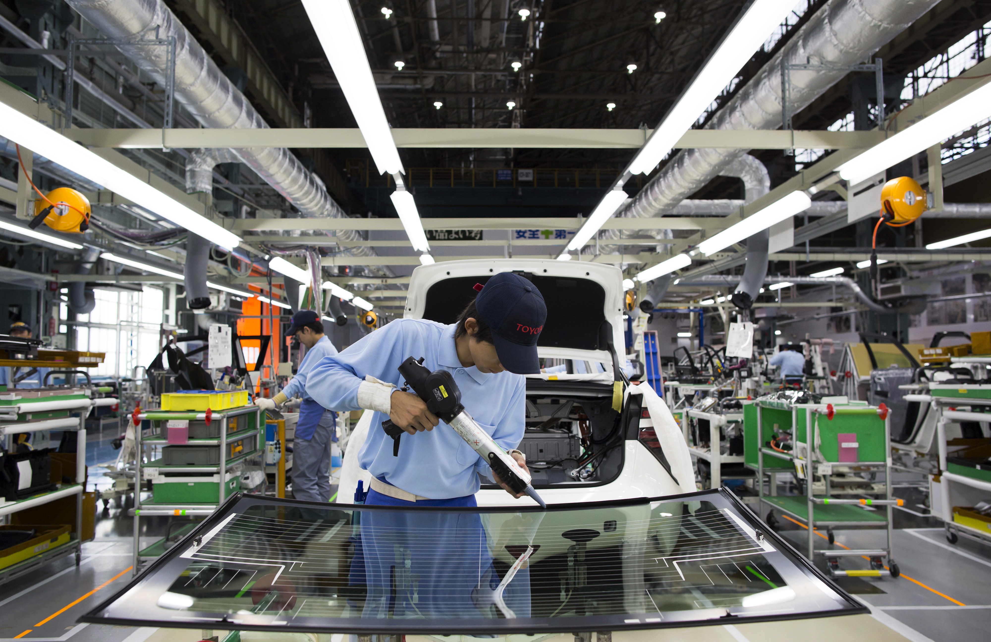 Tomohiro OhsumiToyota Motor Co. Plans To Cut Most Internal-Combustion Engines By 2050
