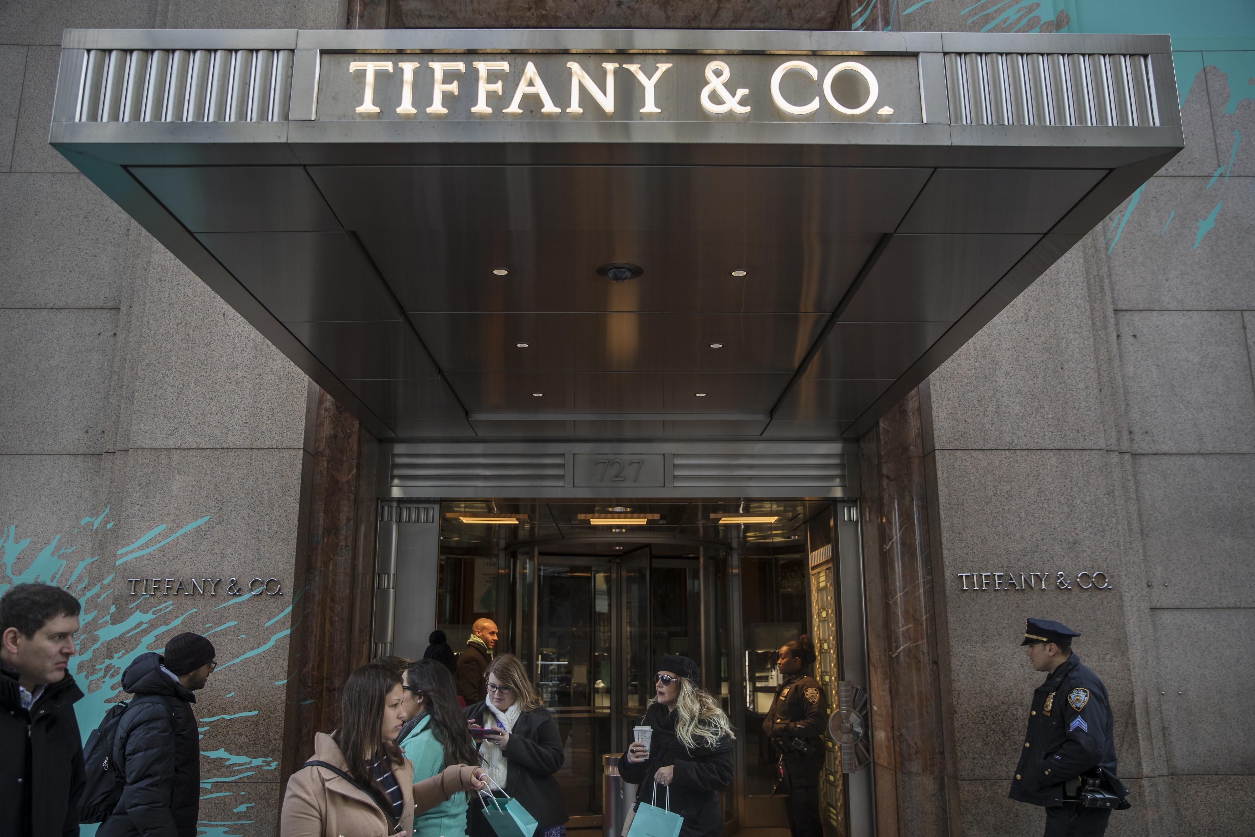 5ef86d94bd508 Store Ahead Of Earnings Figures A Tiffany & Co. Store Ahead Of Earnings  Figures
