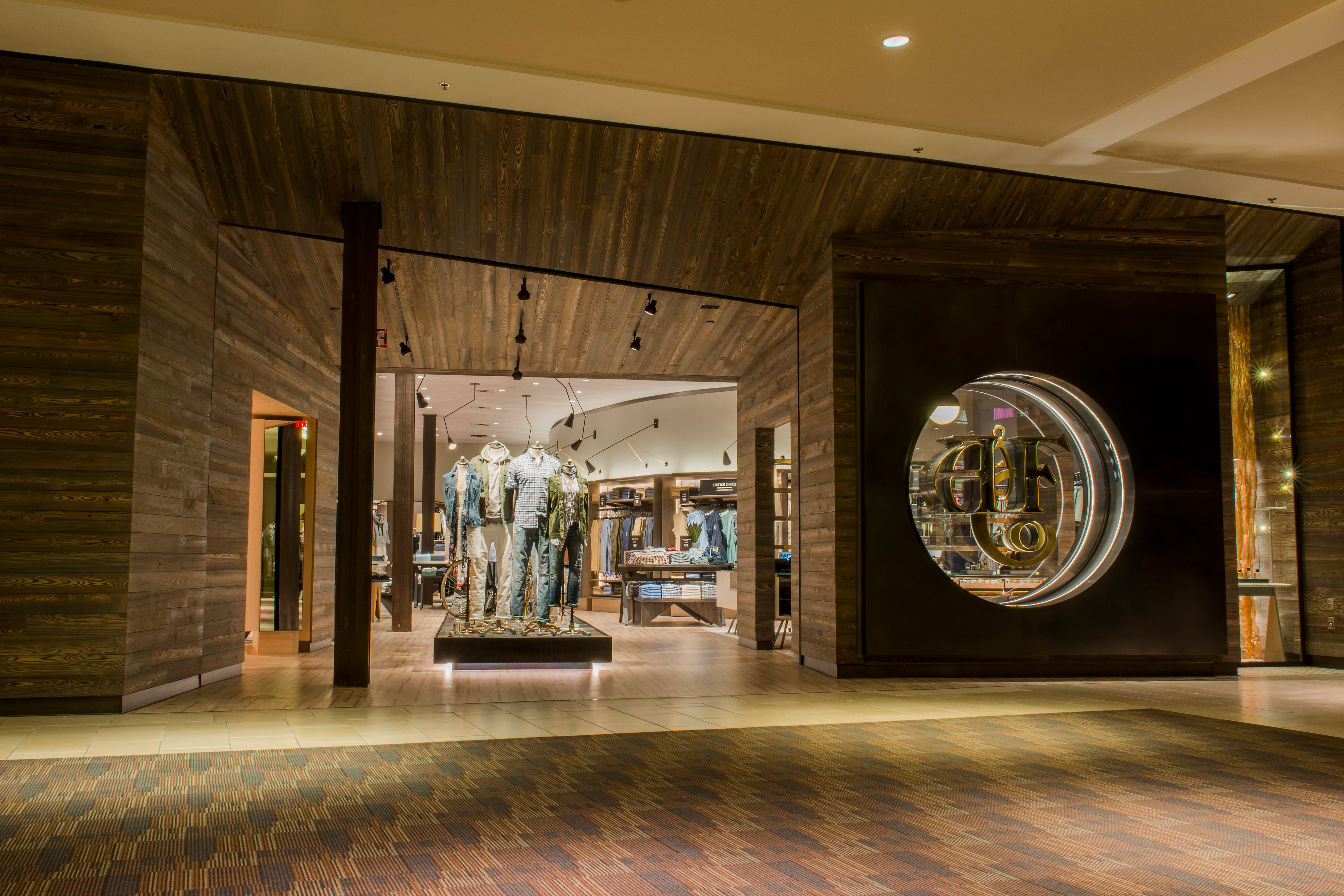 Abercrombie & Fitch Unveils New Store Concept