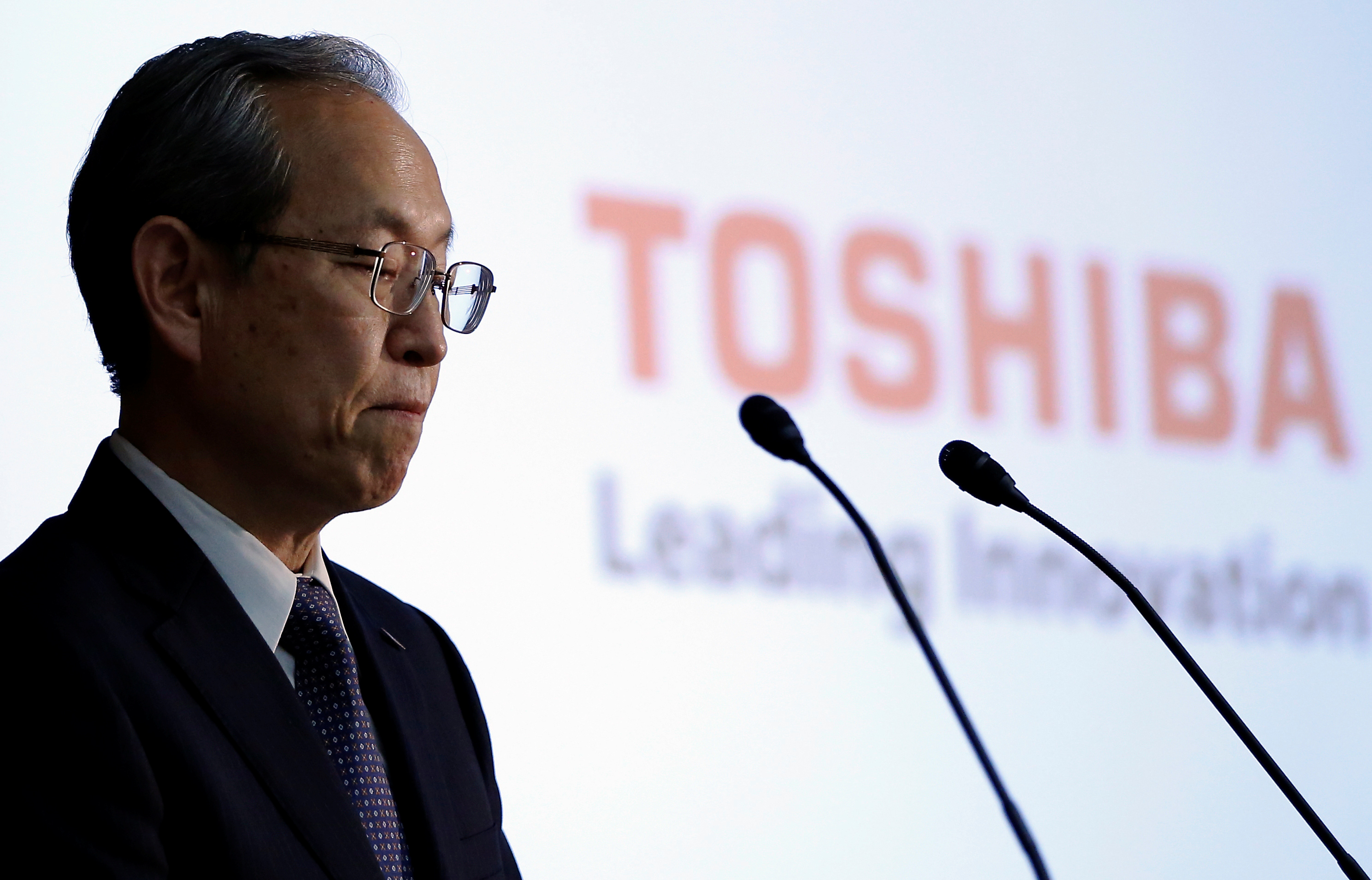 Toshiba Corp CEO Satoshi Tsunakawa attends at a news conference after asking regulators for extension on financial filing and deal on chip unit sale, at the company headquarters in Tokyo