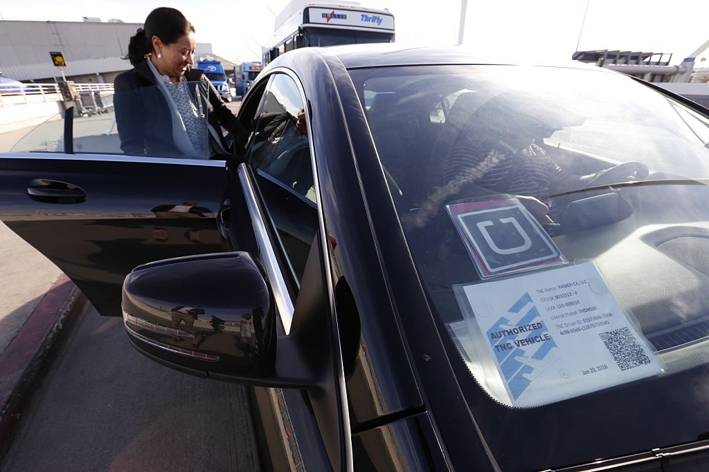 UberX Begins Service at LAX