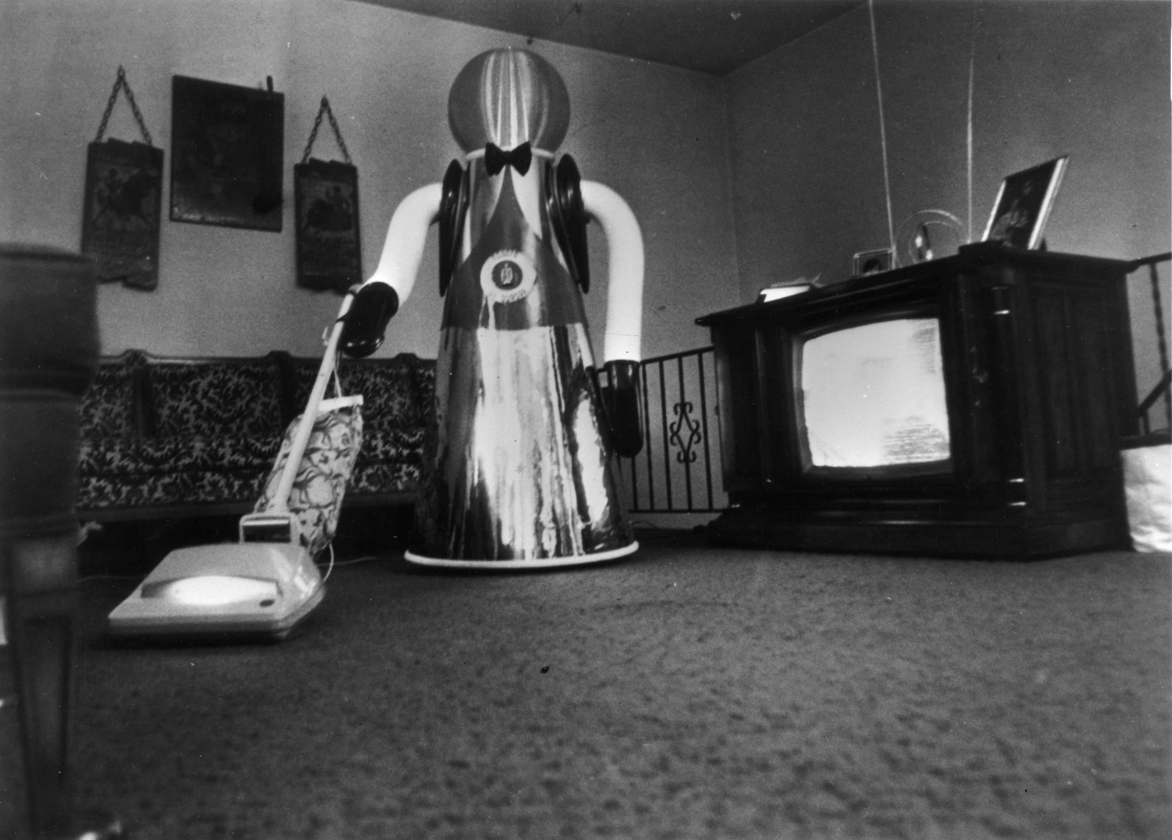 Vacuuming Robot
