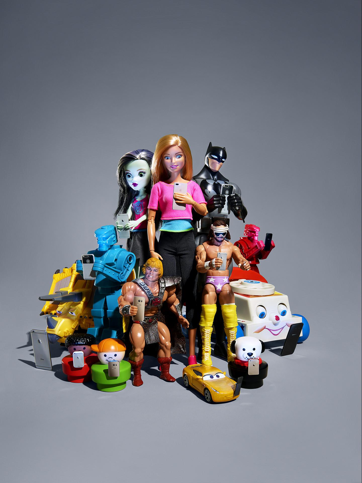 MAT.10.01.17.toysselfies