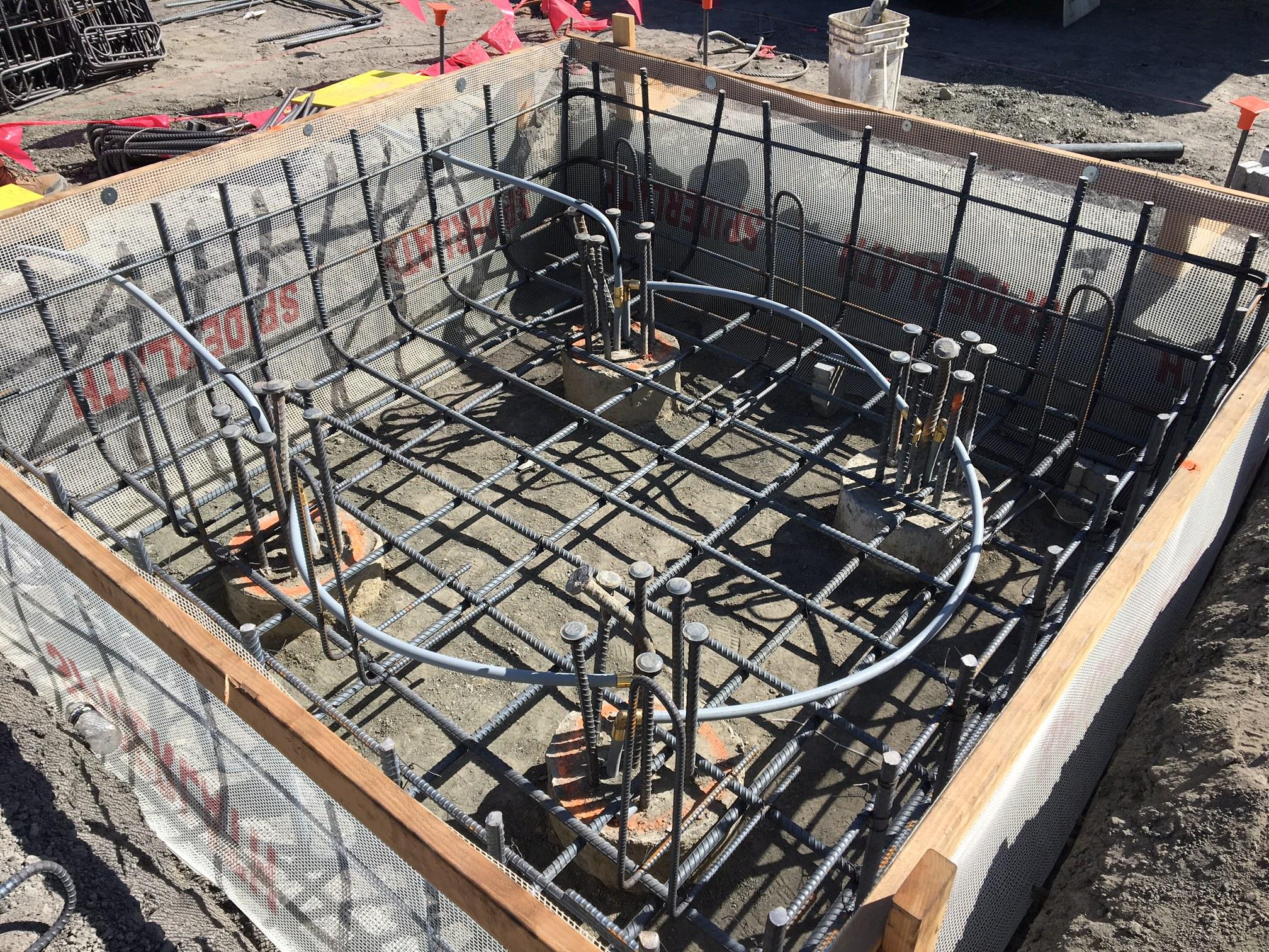 New Google building under construction at Moffett Field.