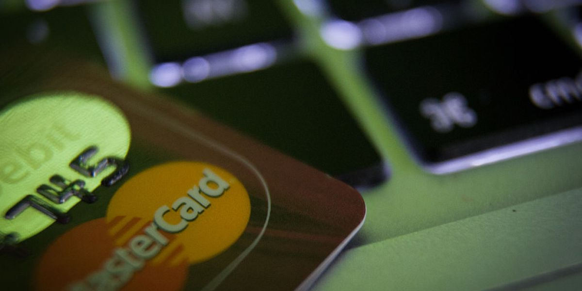 Mastercard Will Now Let You Pay With Blockchain—But Not Bitcoin
