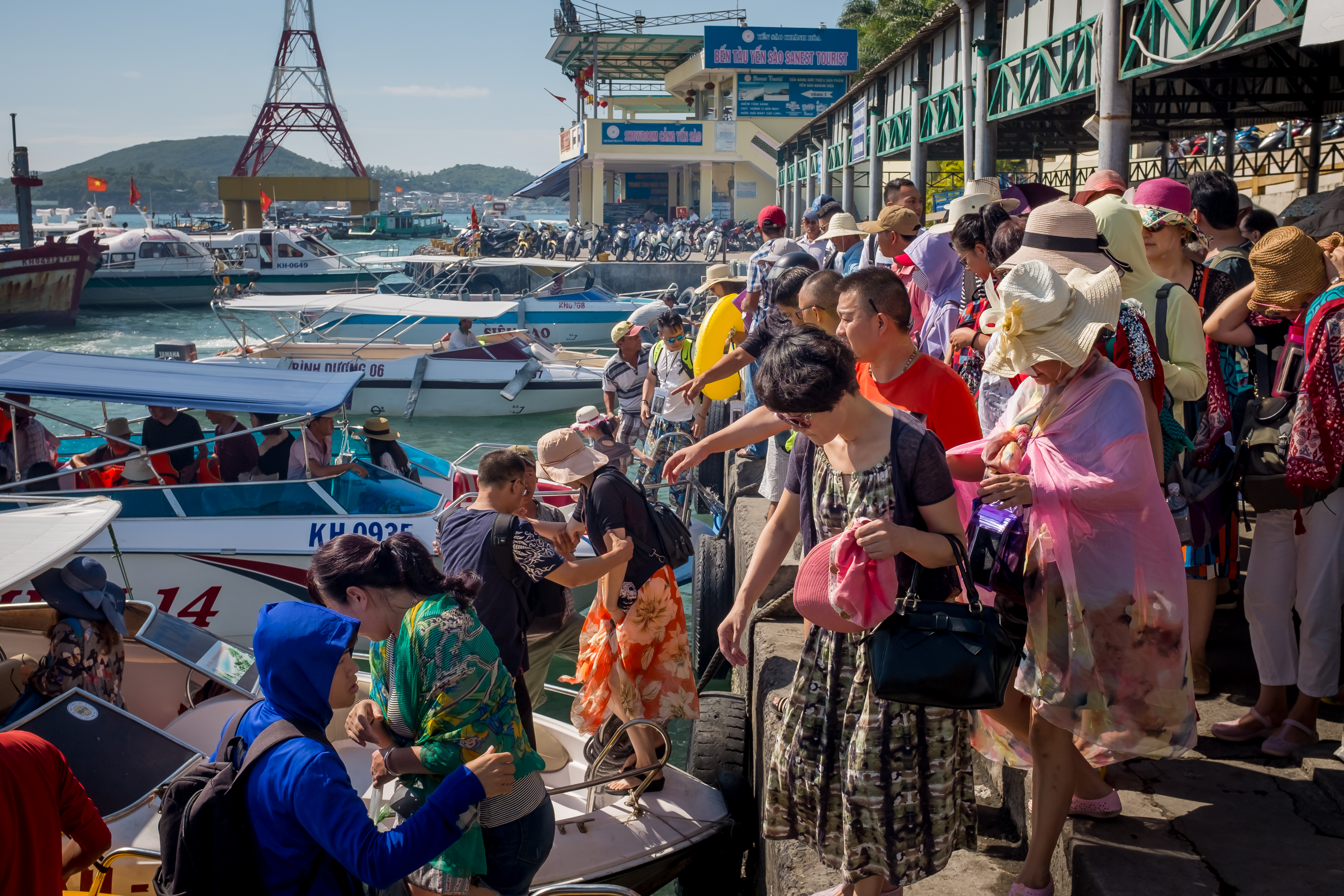 Chinese Tours Take Over The Bay Of Nha Trang
