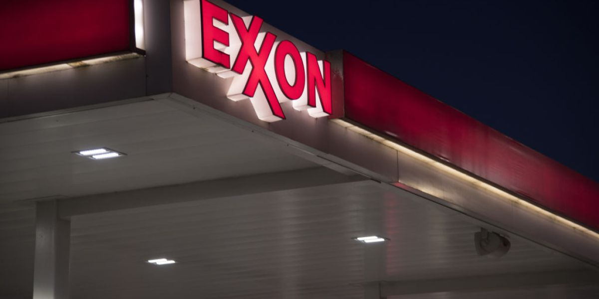 ExxonMobil Bows to Shareholders on Disclosing Climate Risks