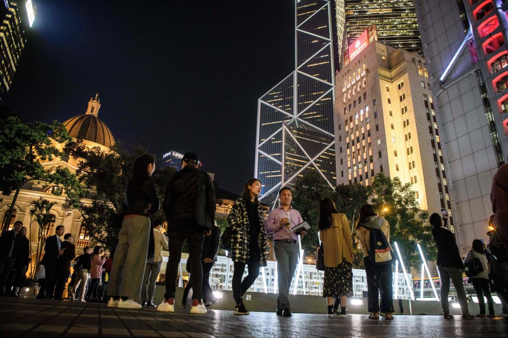 HONG KONG-ART-LUMIERE