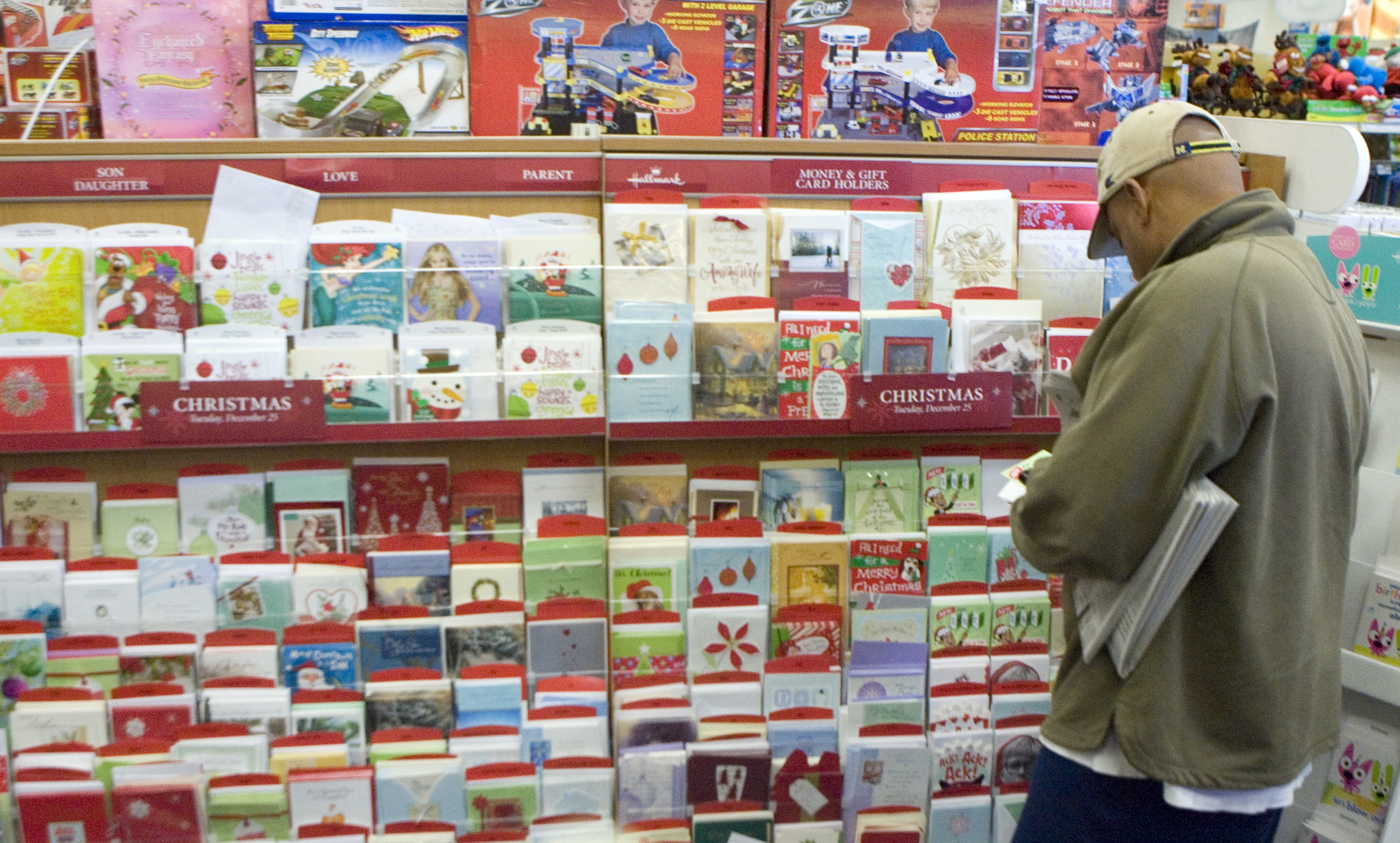 Rite Aid Christmas Cards.All The Stores That Are Open On Christmas Day And What S