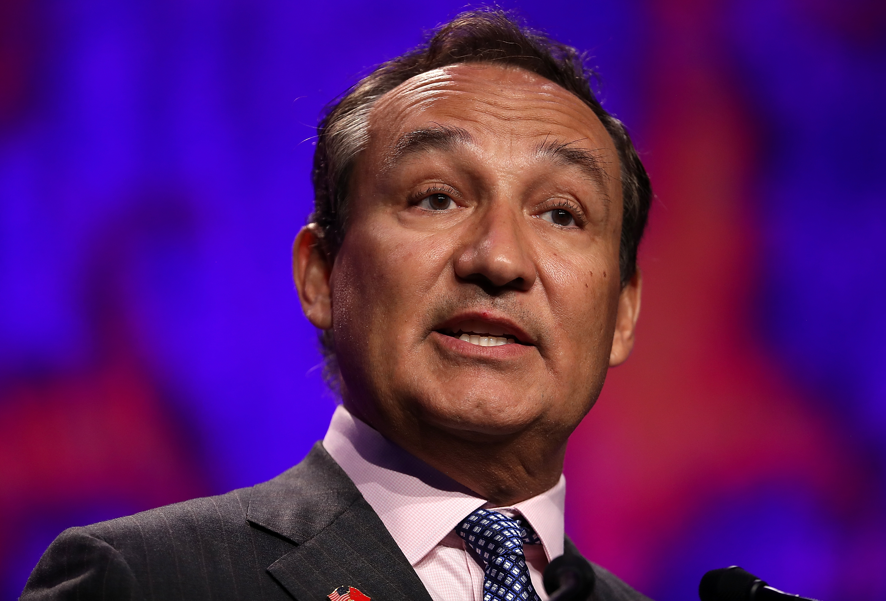 United CEO Oscar Munoz Attends San Francisco Travel Association Luncheon
