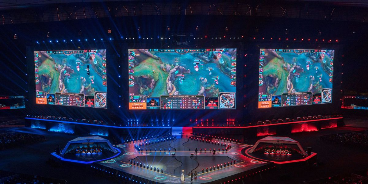 China's Video Game Craze Drives Booming E-Sports Market