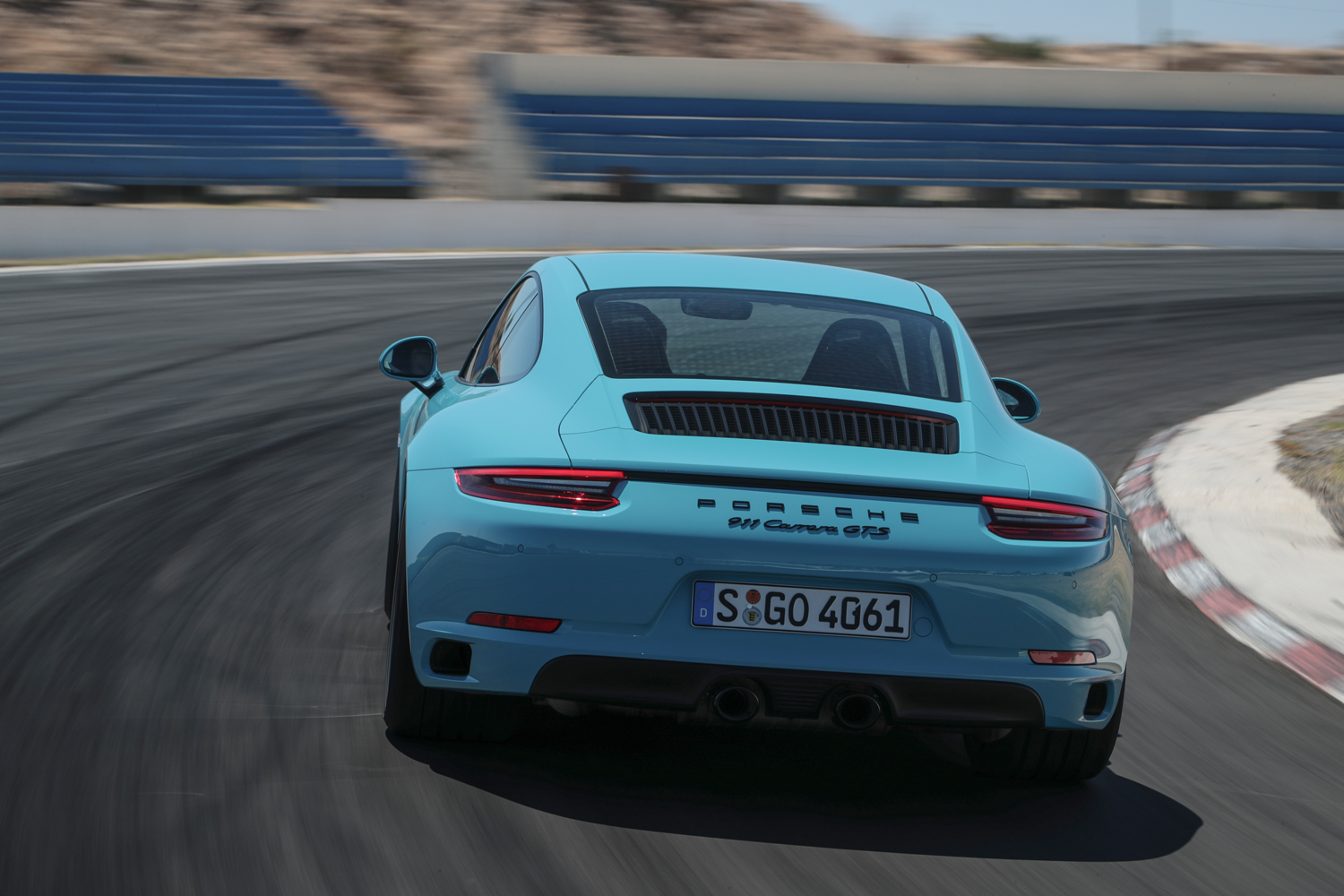 911 Carrera Gts >> Porsche 911 Carrera Gts Review The Most Thrilling Drive