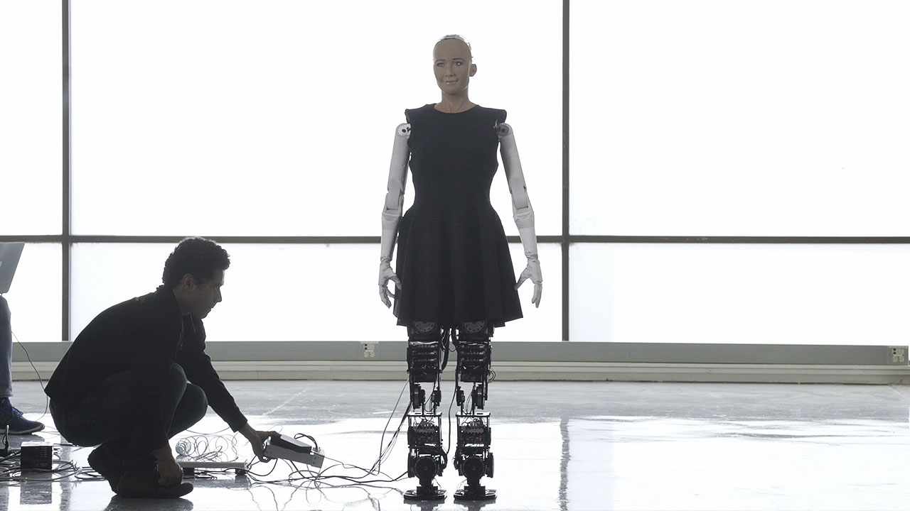Sophia, the intelligent robot, is taking her first steps at CES 2018.