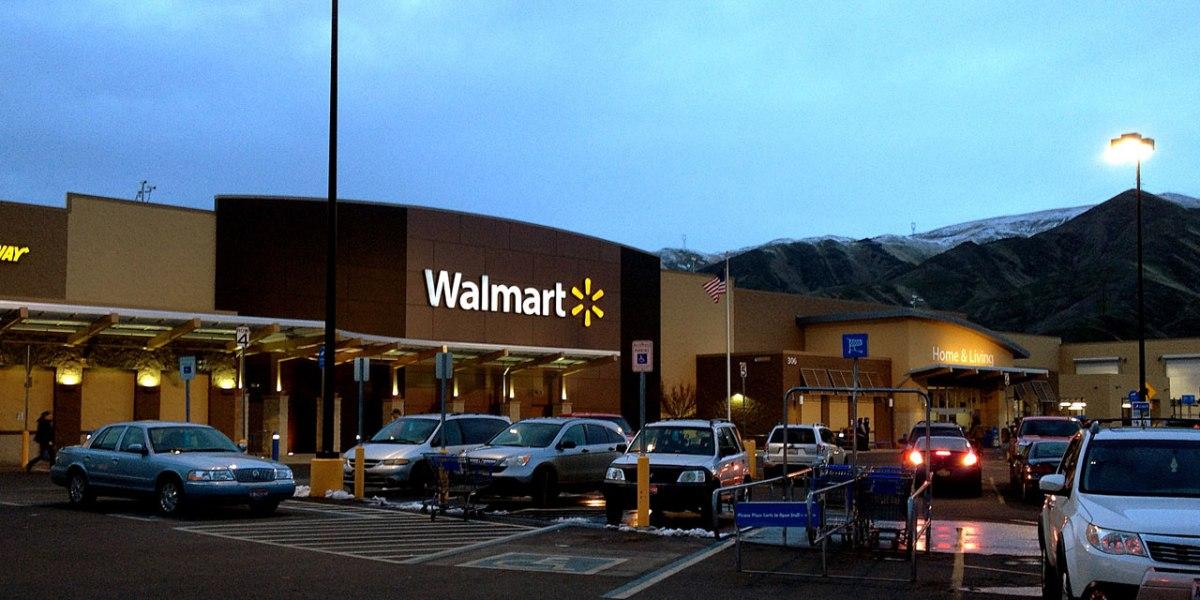 Walmart: Some Investors Still Avoid Its Stock for Gun Sales